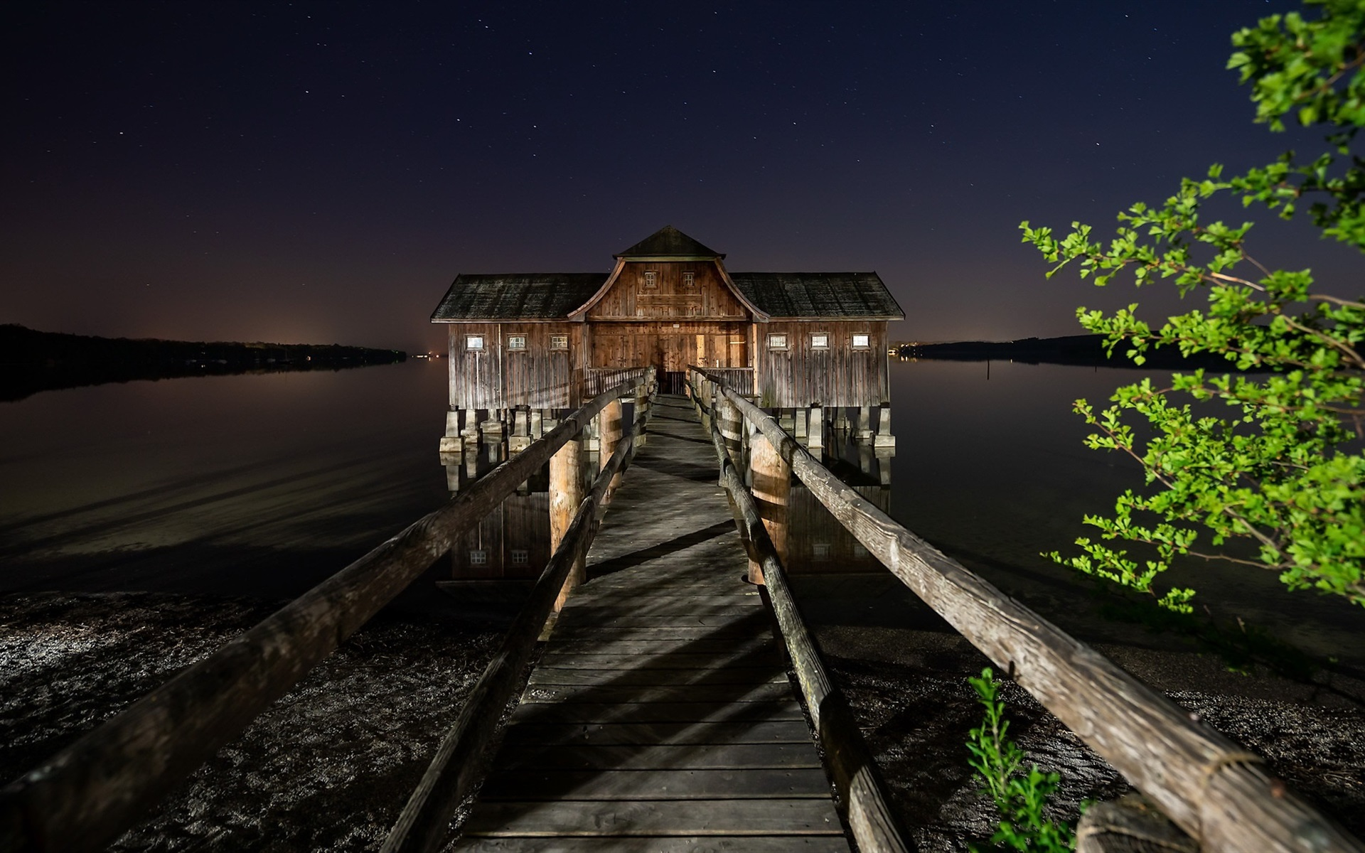 подробности можно картинки с деревянным домиком на обои словам