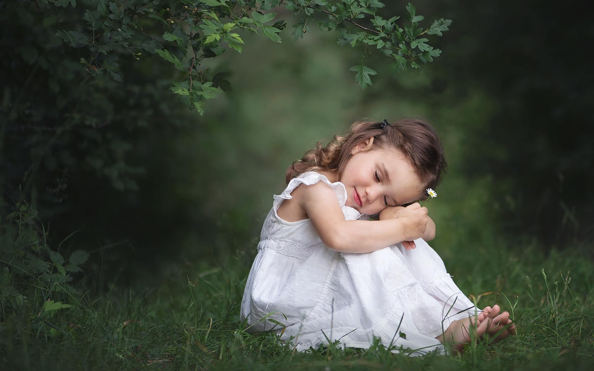 Wallpaper Cute Little Girl Sit On Ground White Skirt Nature 1920x1200 Hd Picture Image