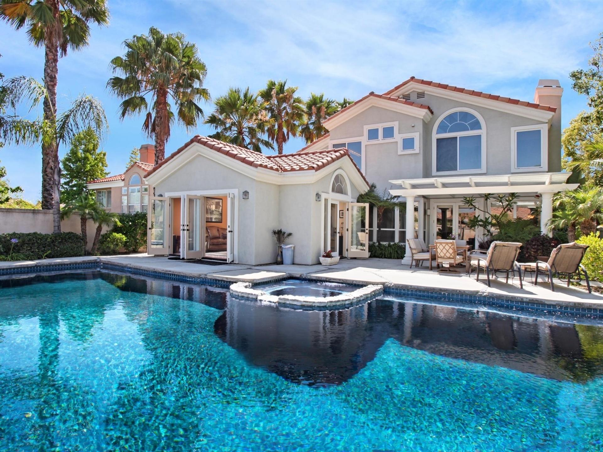 Villa Haus Palmen und Swimming-Pool 750x1334 iPhone 8/7/6/6S ...
