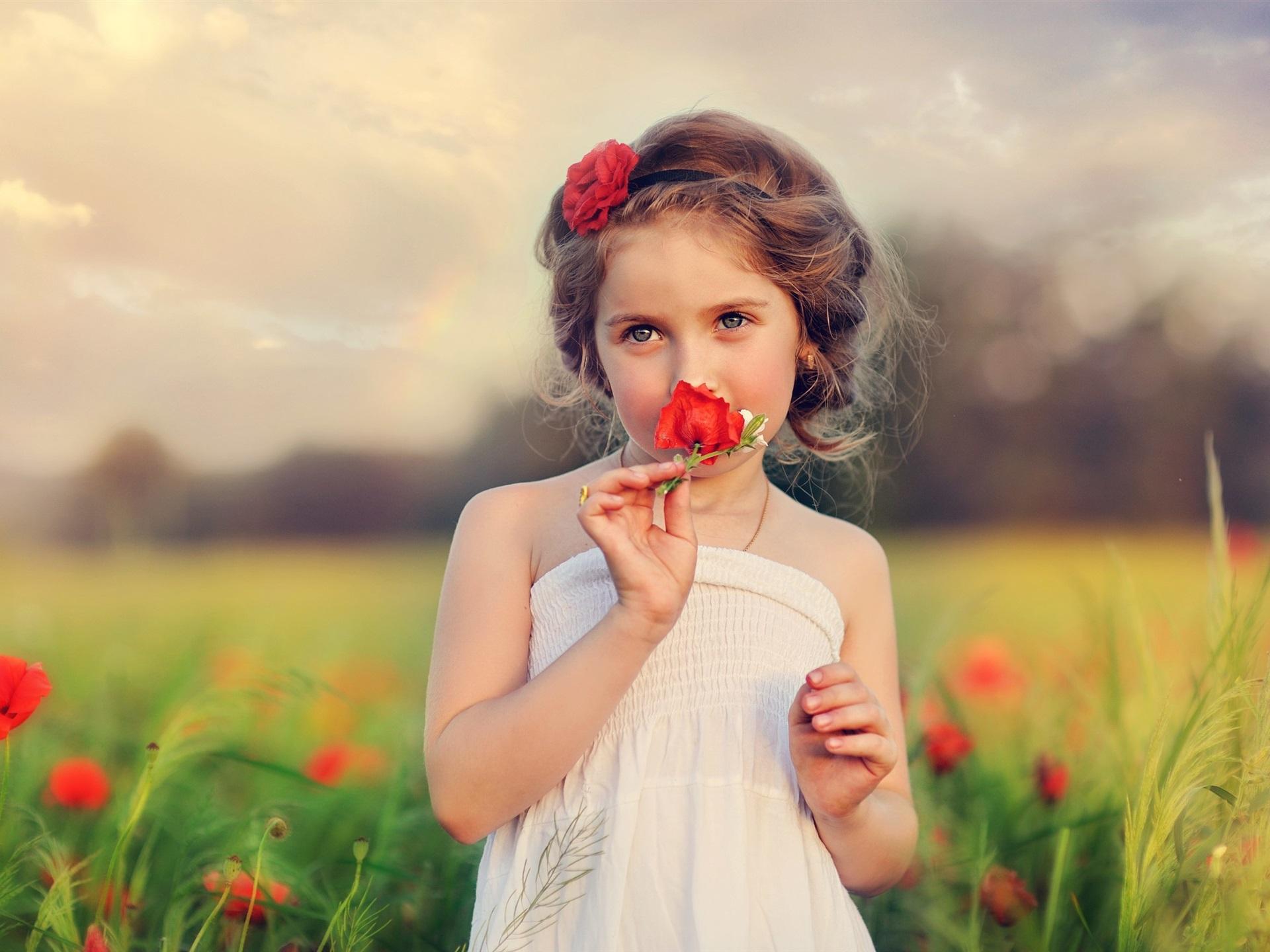 Hintergrundbilder beschreibung: kind, schönes mädchen, blumen