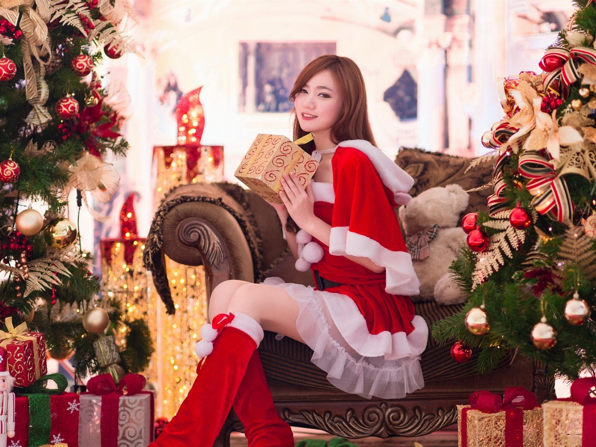 美しい少女、アジア、贈り物、クリスマス、新年 壁紙 1920x1440 壁紙ダウンロード Ja Best