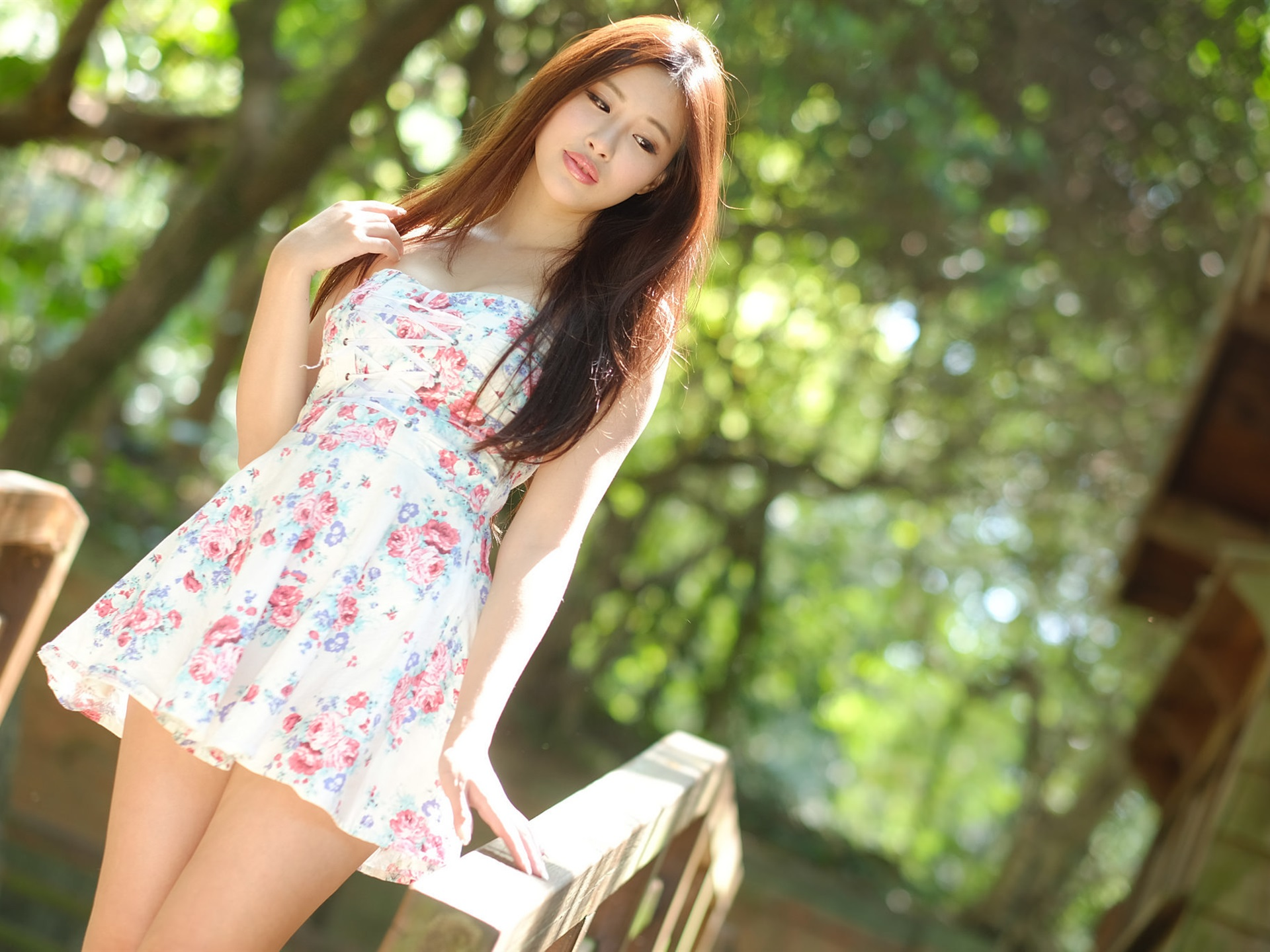 Wallpaper Summer Asian Girl Short Skirt Sunlight Bokeh 1920x1440