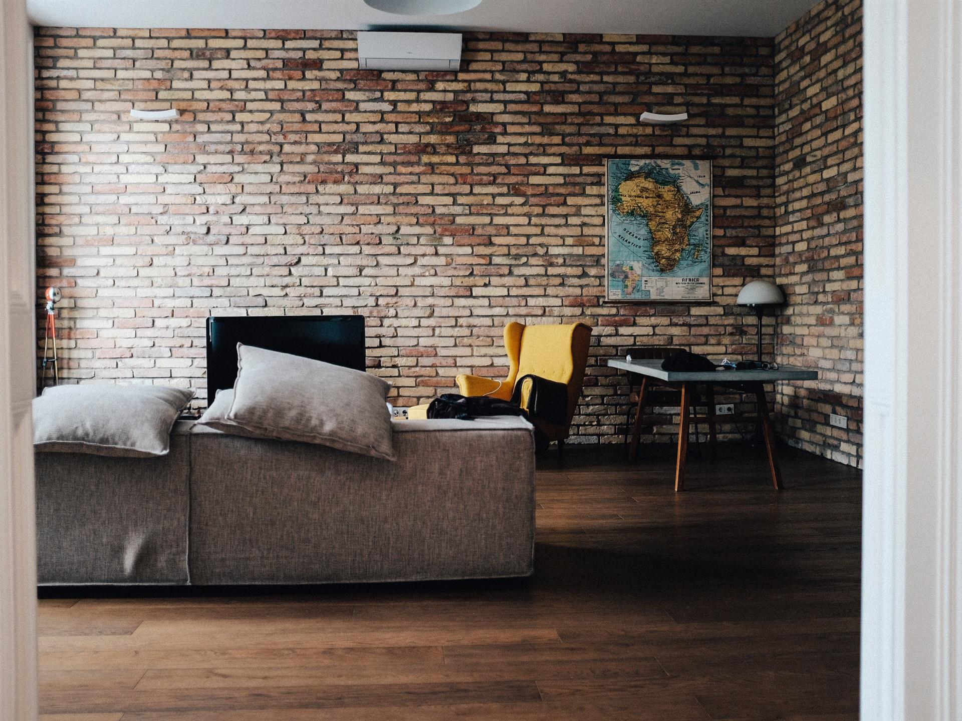 https://de.best-wallpaper.net/wallpaper/1920x1440/1705/Room-sofa-interior_1920x1440.jpg