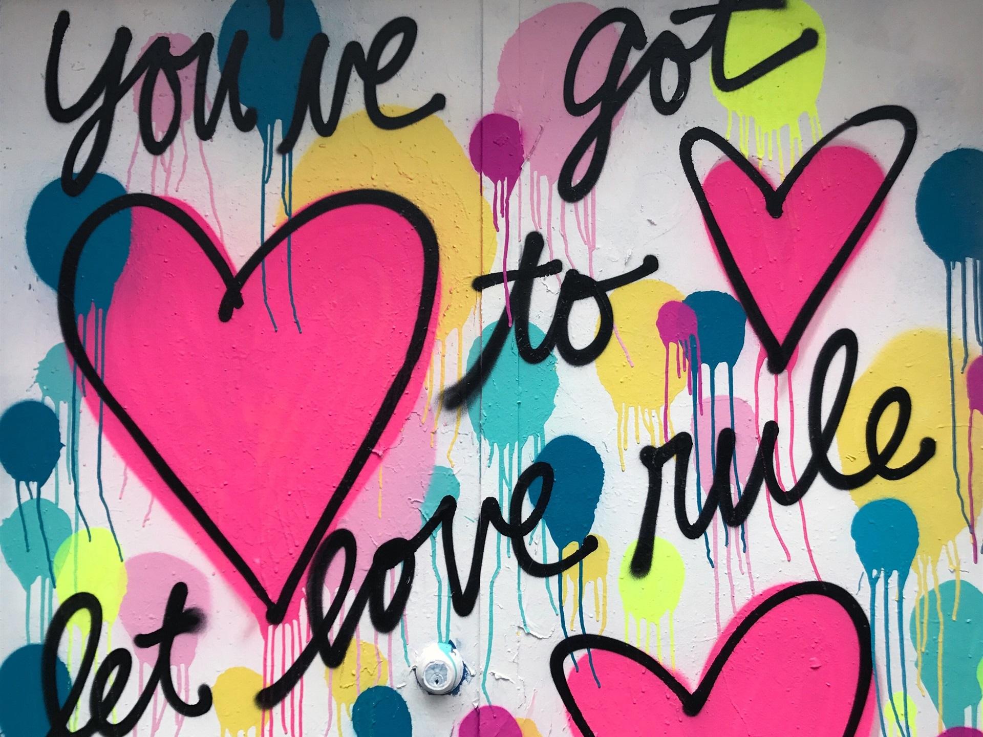 Kunst Graffiti Zeichnung, Wand, Liebe Herz 2880x1800 HD ...