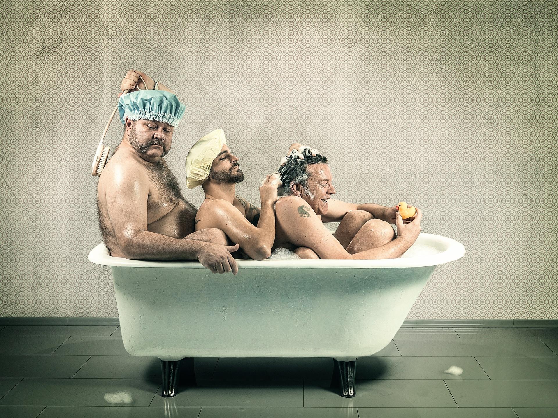 Прикольная картинка для ванной, открытки