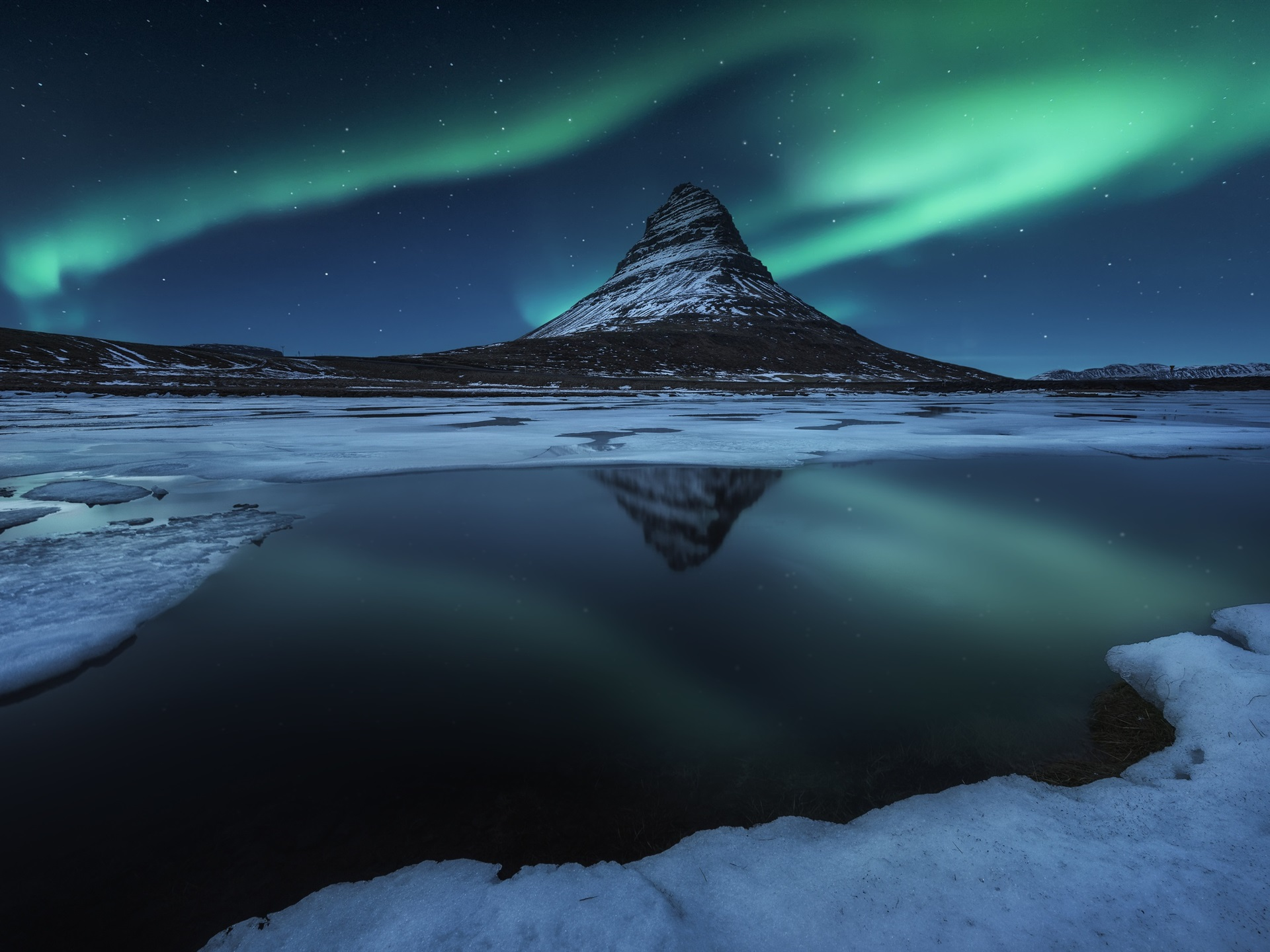 Wallpaper Iceland Kirkjufell Mountain Snow Night Northern Lights