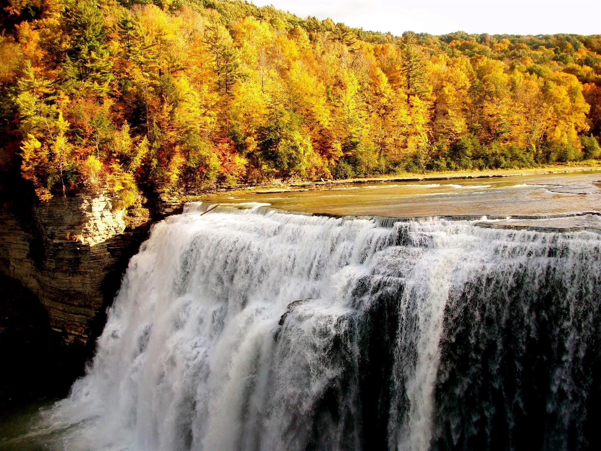 невидимых невооруженным доброе утро картинки красивые осенние водопад актеры комедийного жанра