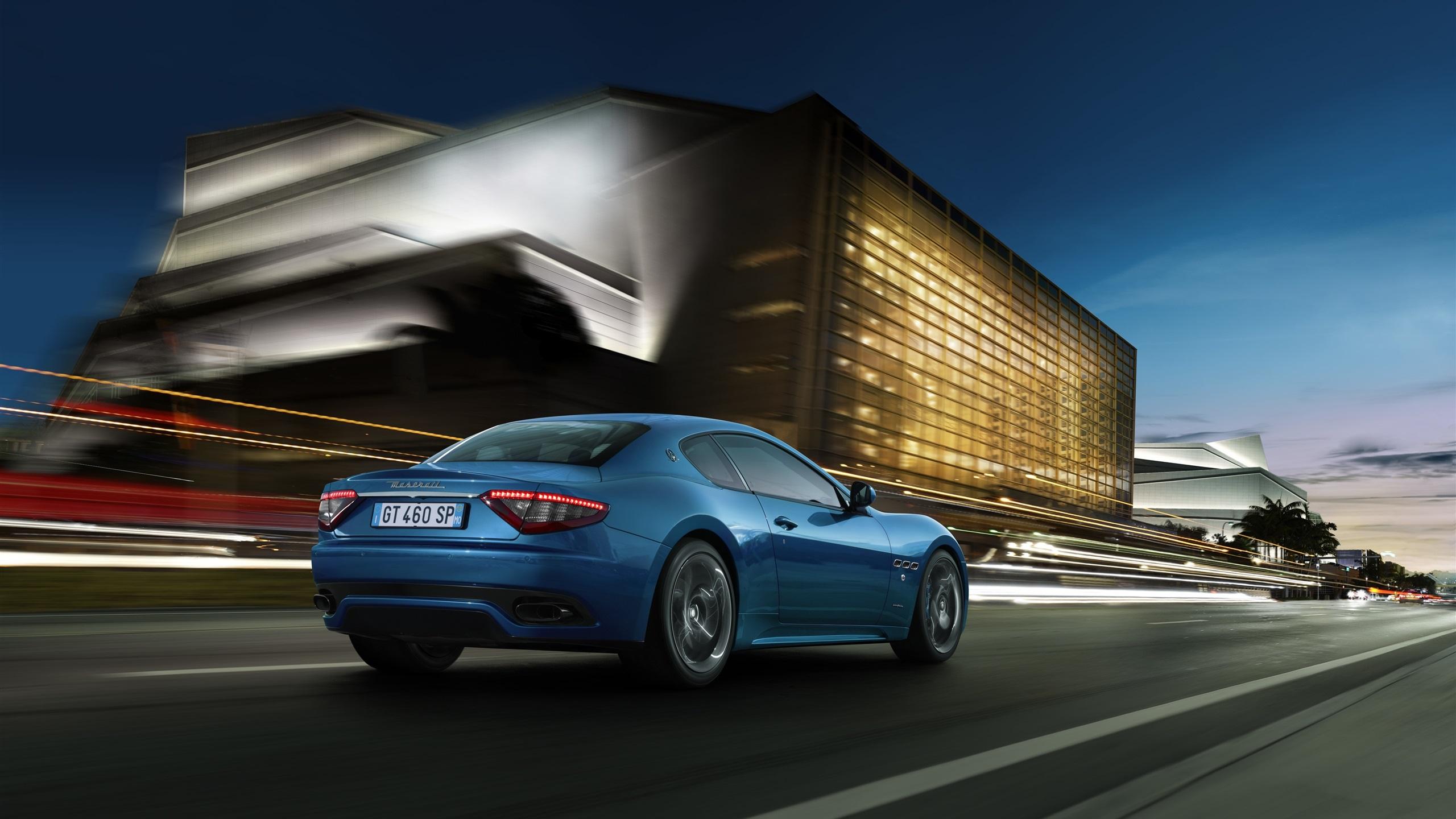 壁紙 マセラティ グラントゥーリズモ青いスポーツカーのスピード