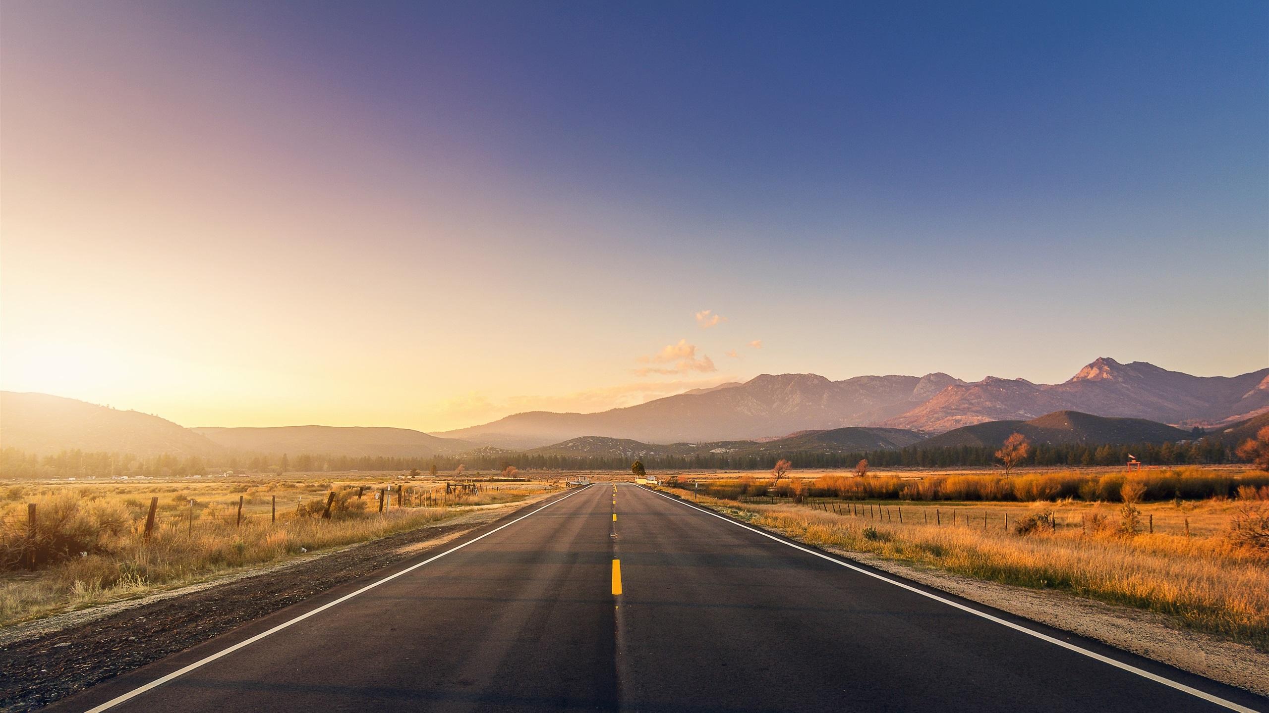 2560x1440 wallpaper road: Wallpaper Road, Mountains, Grass, Sunset 2560x1440 QHD