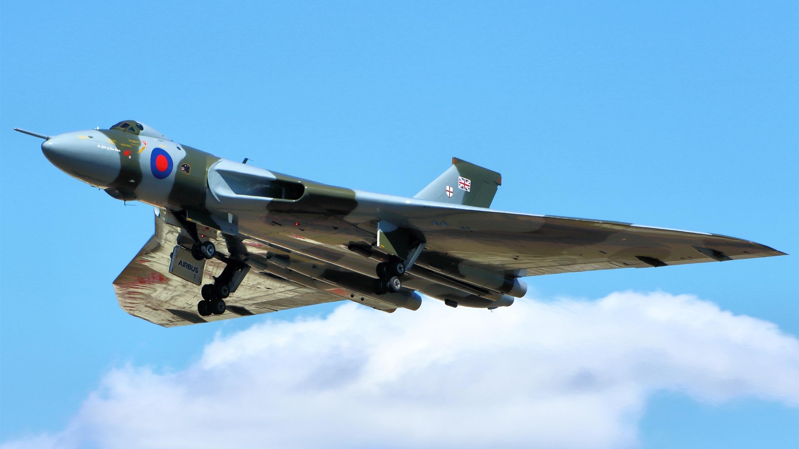 戦略爆撃機の画像 p1_39