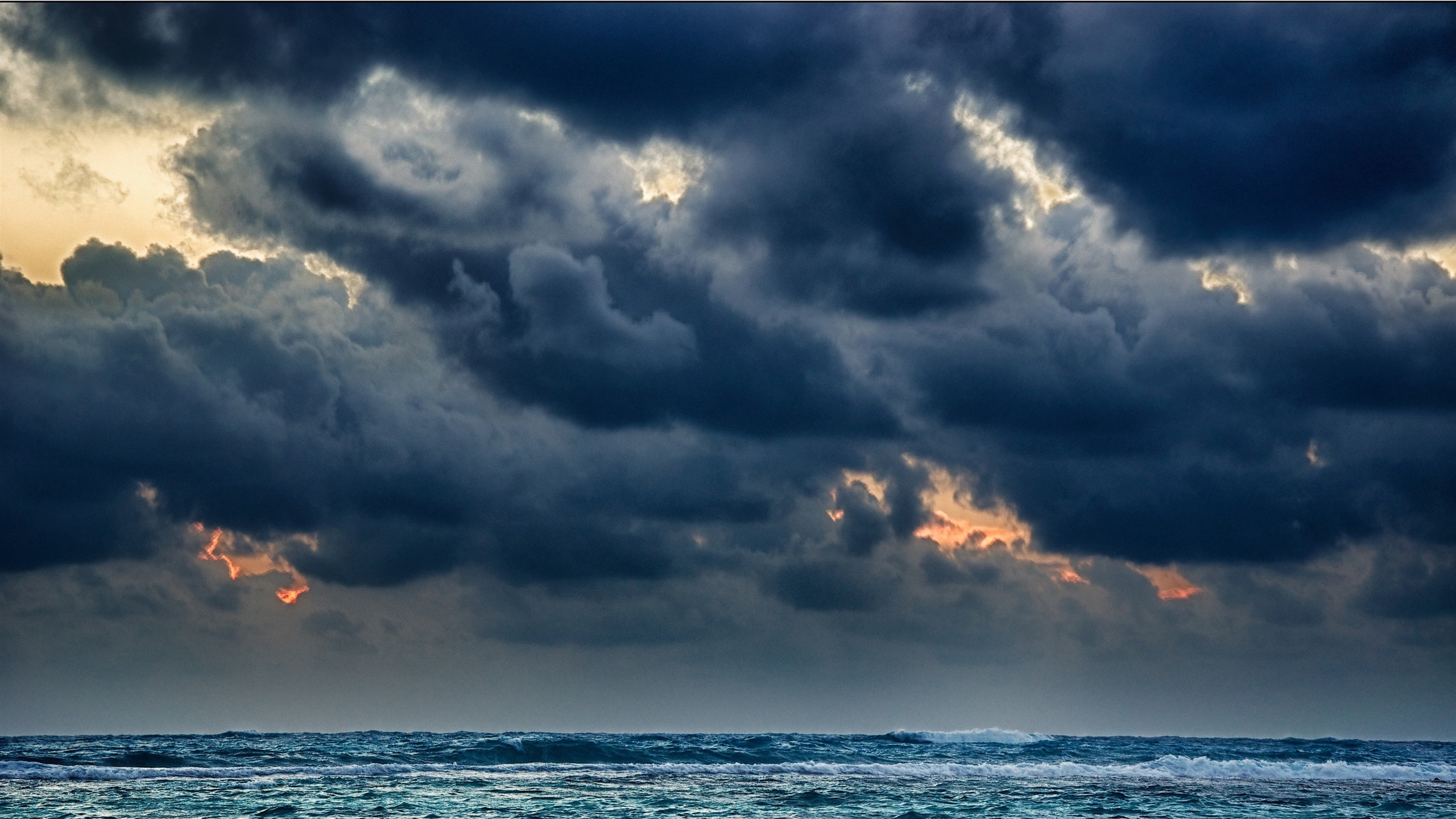 Wallpaper Black Clouds Sea Storm 2880x1800 Hd Picture Image