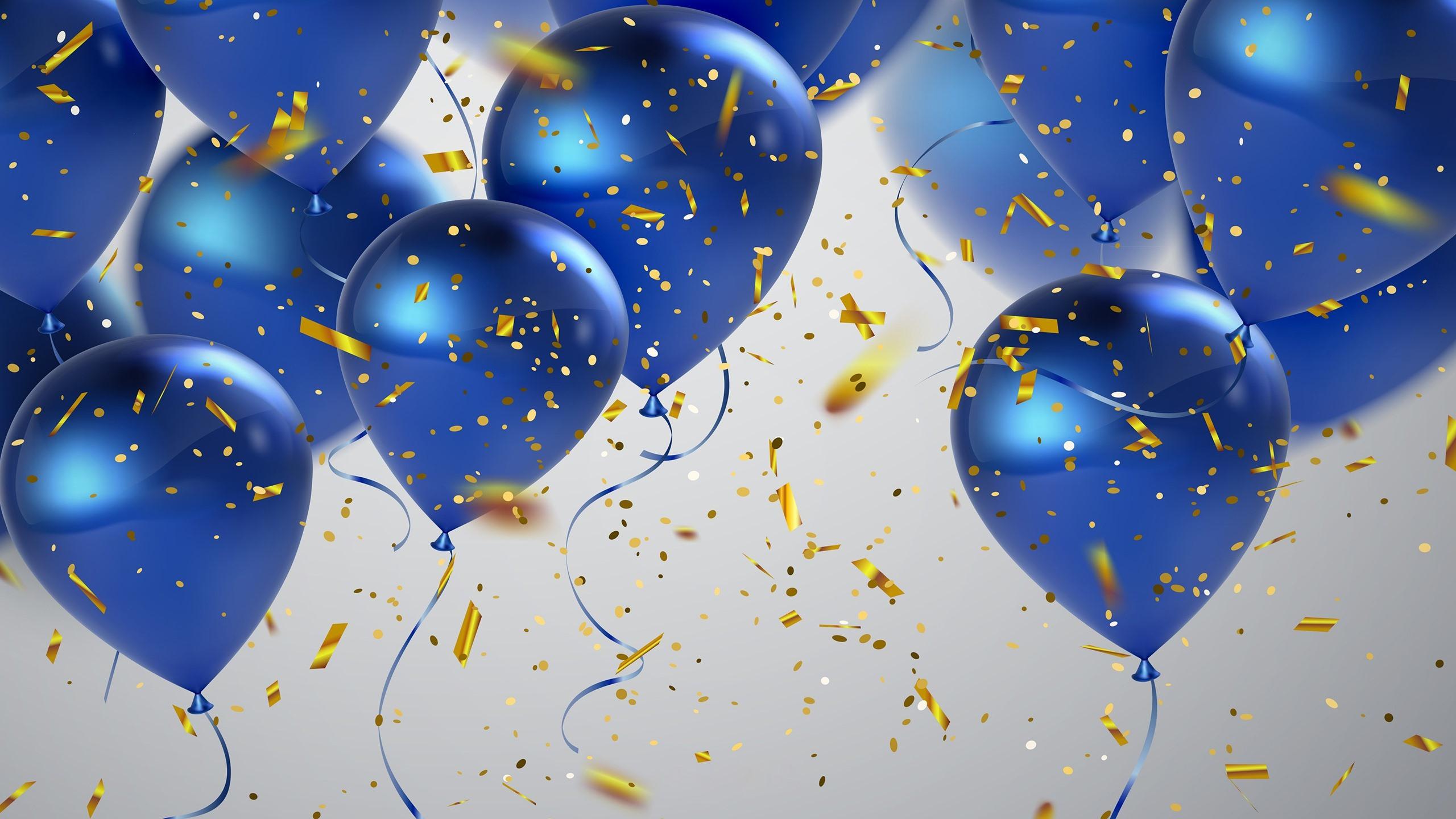 поздравление с днем рождения на голубом фоне