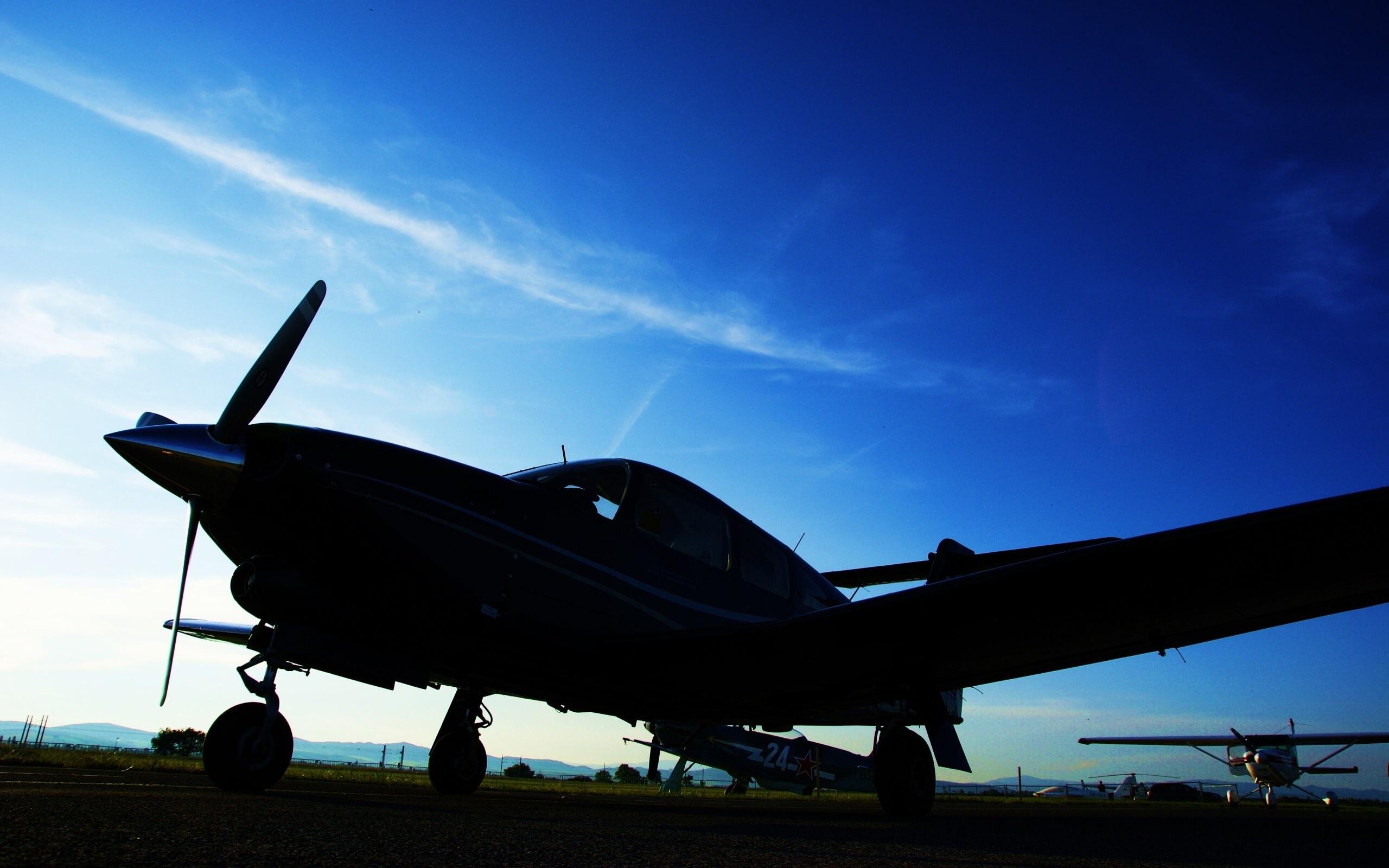 La noche el cielo los aviones de fotos fondos de pantalla for Fondos de pantalla de aviones
