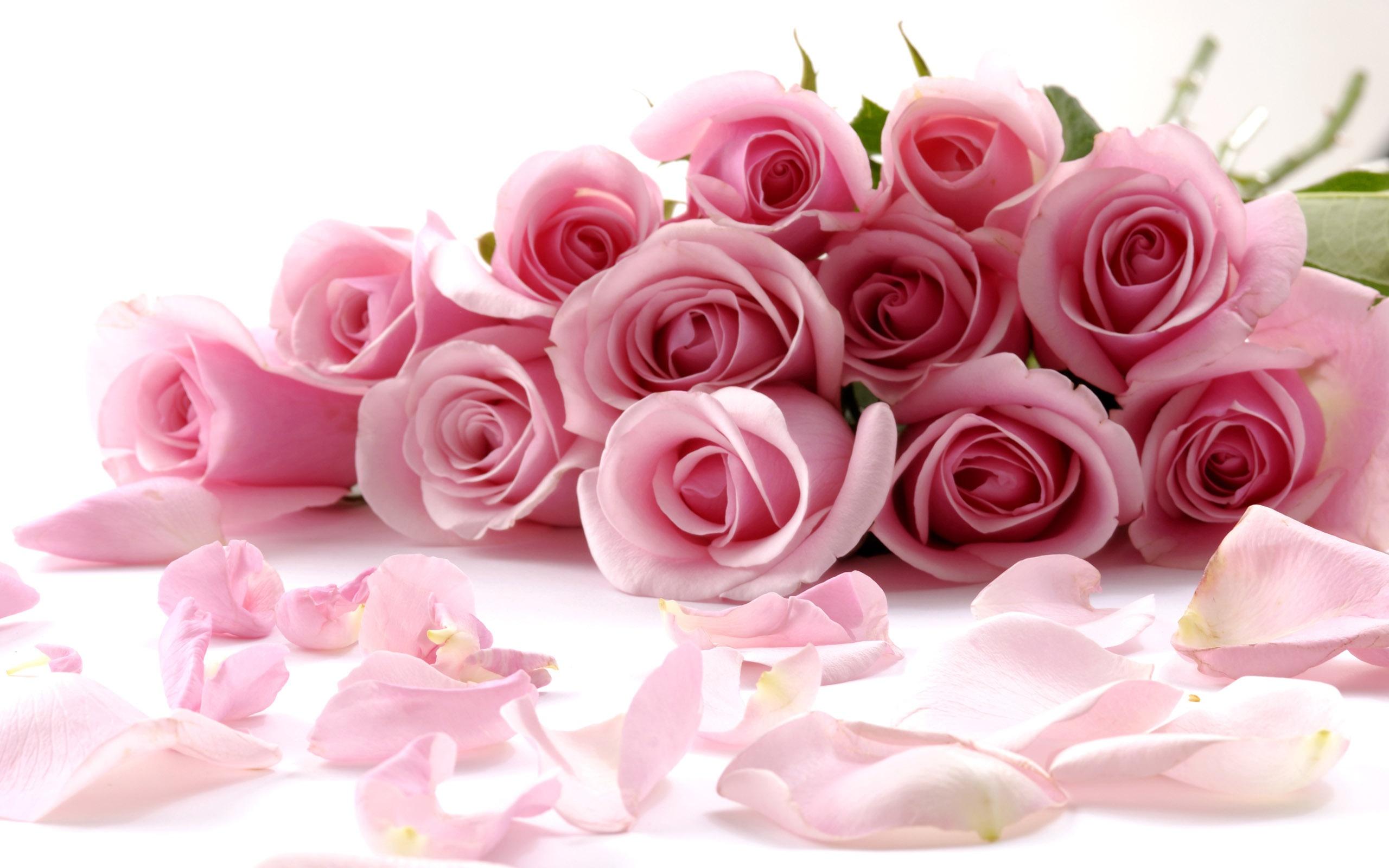 С днем мамы с цветами