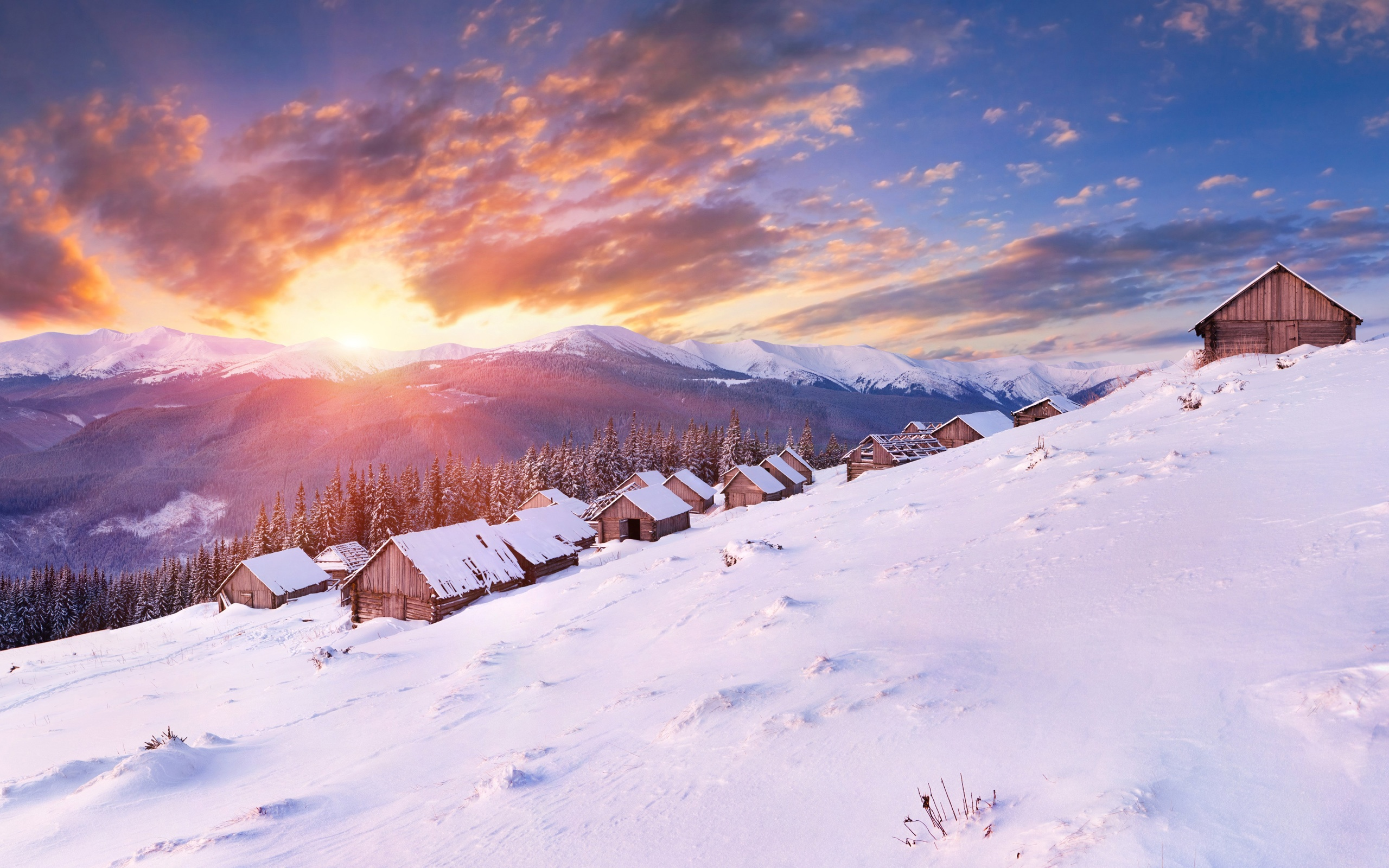 Under the sun, snow-capped mountains house wallpaper - 2560x1600