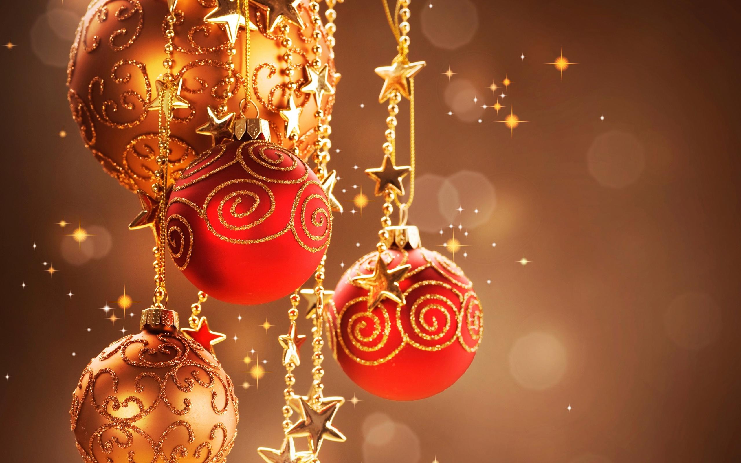 壁紙 暖かいクリスマスの装飾 装飾的な赤いボール 2560x1920 Hd 無料