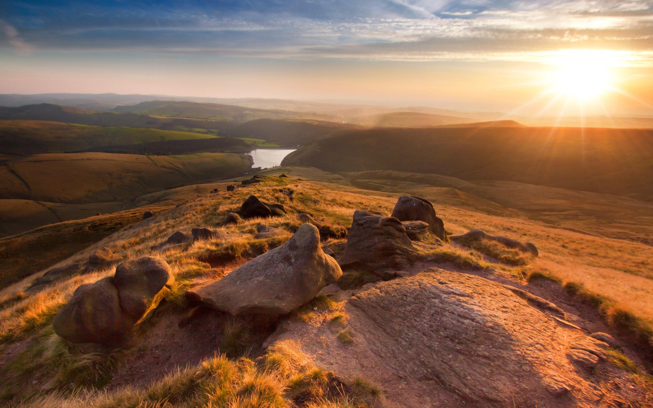 Fonds d 39 cran angleterre manchester beau paysage montagne coucher de soleil 2560x1600 hd image - Photo coucher de soleil montagne ...