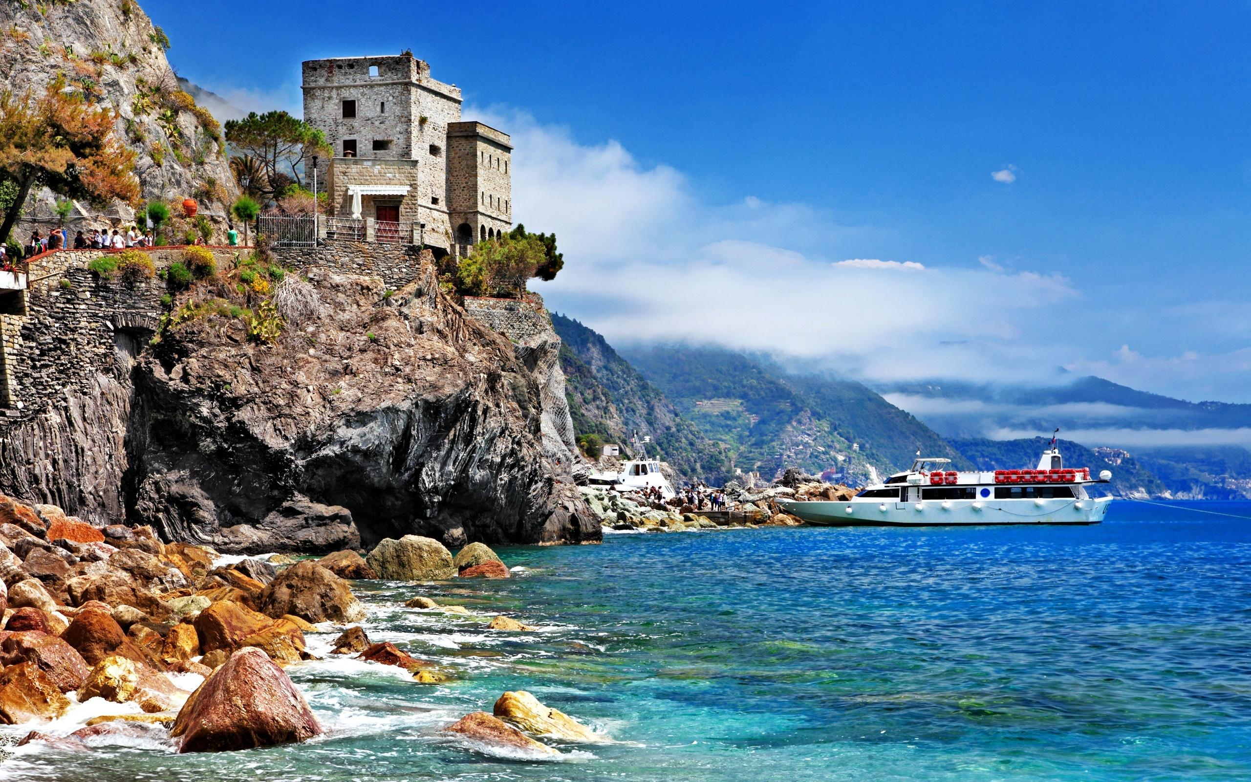 sea monterosso italy -#main