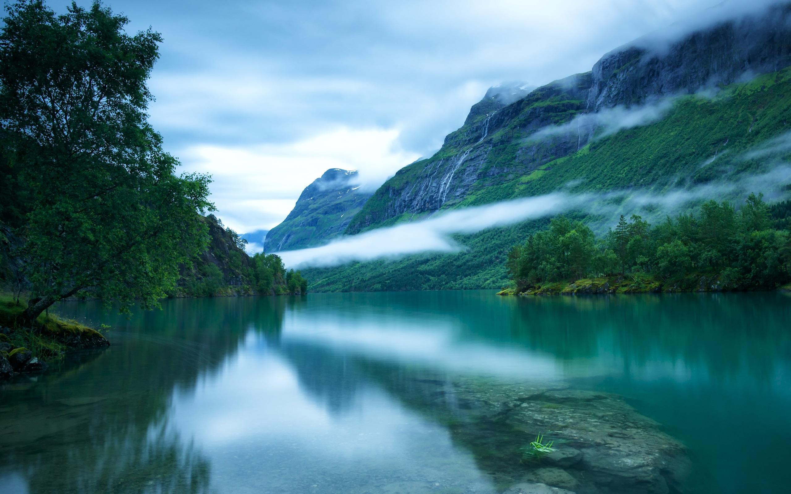 Fonds Décran Ouest De La Norvège La Surface Du Lac Loen