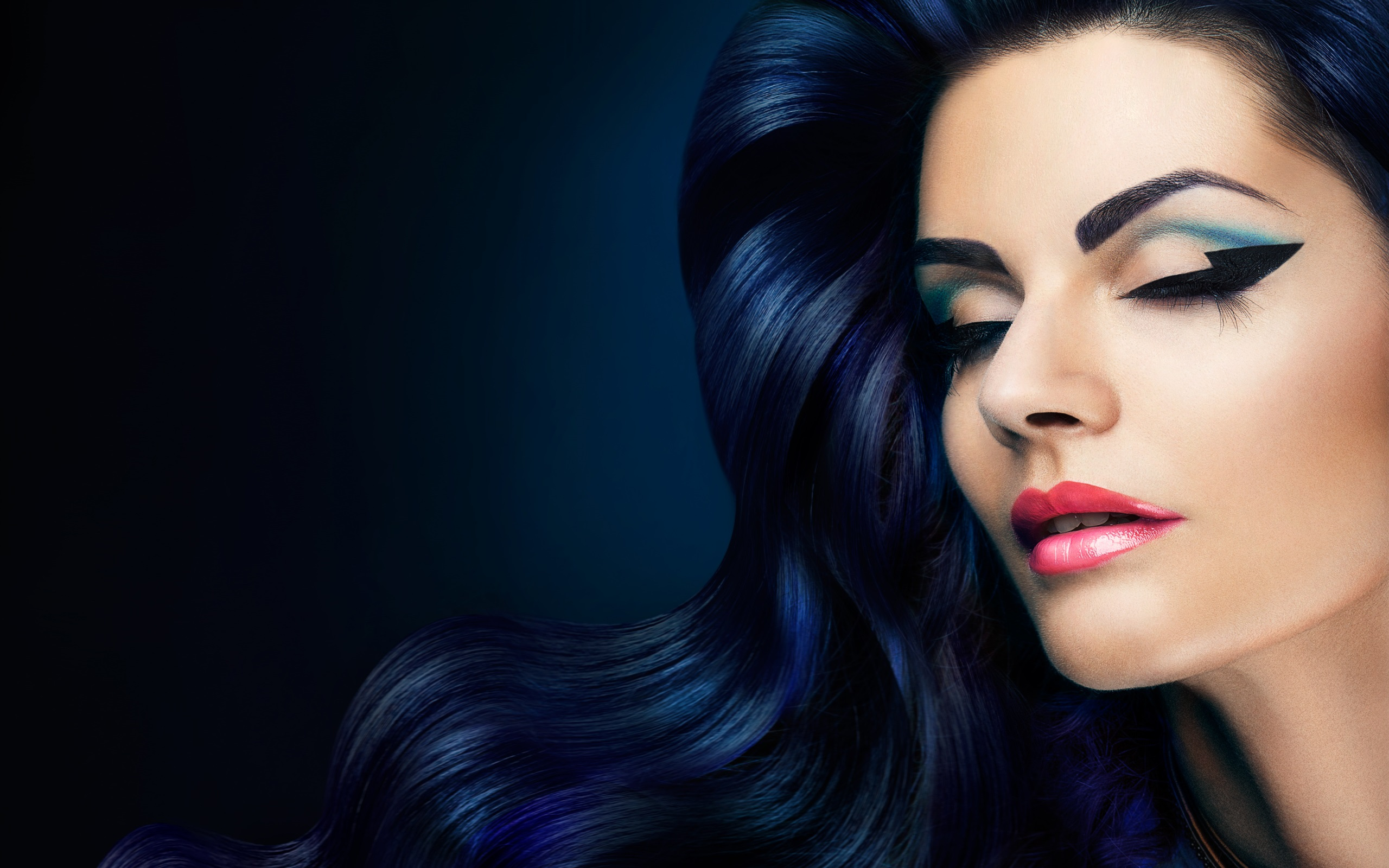 Wallpaper Fashion Girl Hair Style Wavy Makeup Eyes Closed Lashes 2560x1600 Hd Picture Image