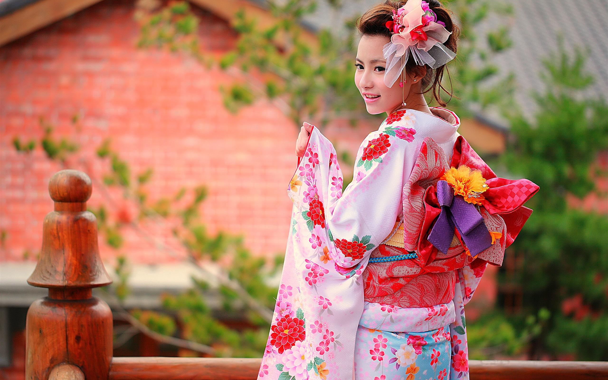 壁紙 カラフルな服 着物 日本の女の子の笑顔 2560x1600 Hd 無料の