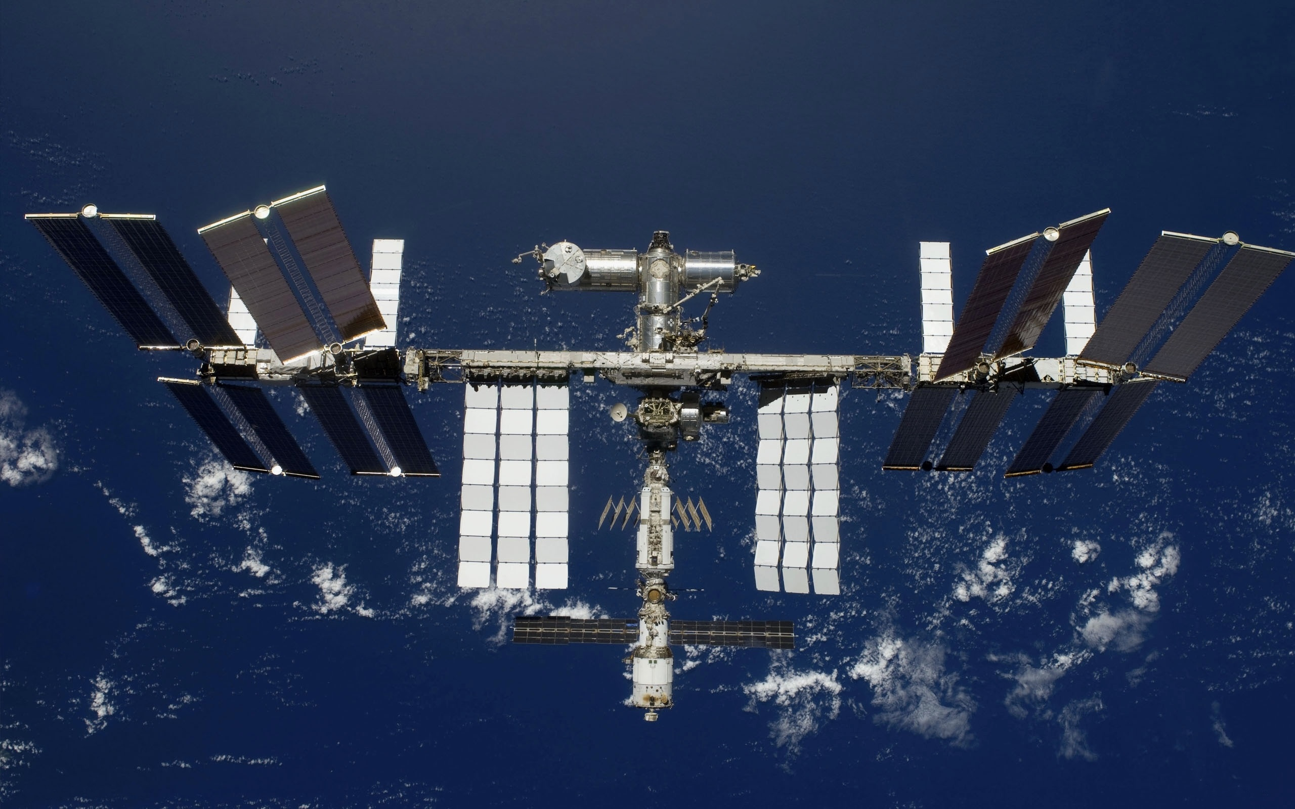 the solar space station facts information and pictures - 960×637