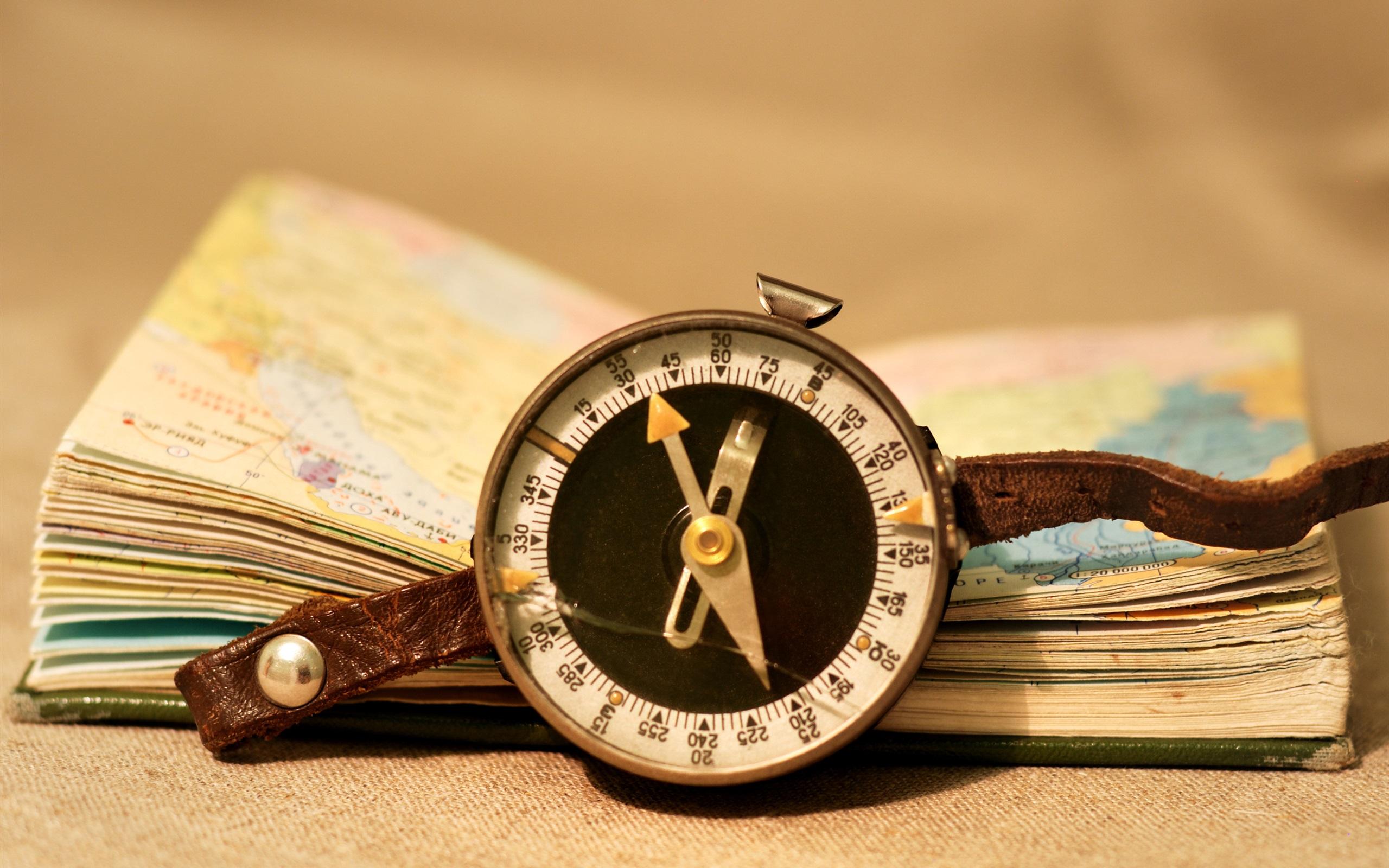 Карта и компас  № 2941916 загрузить