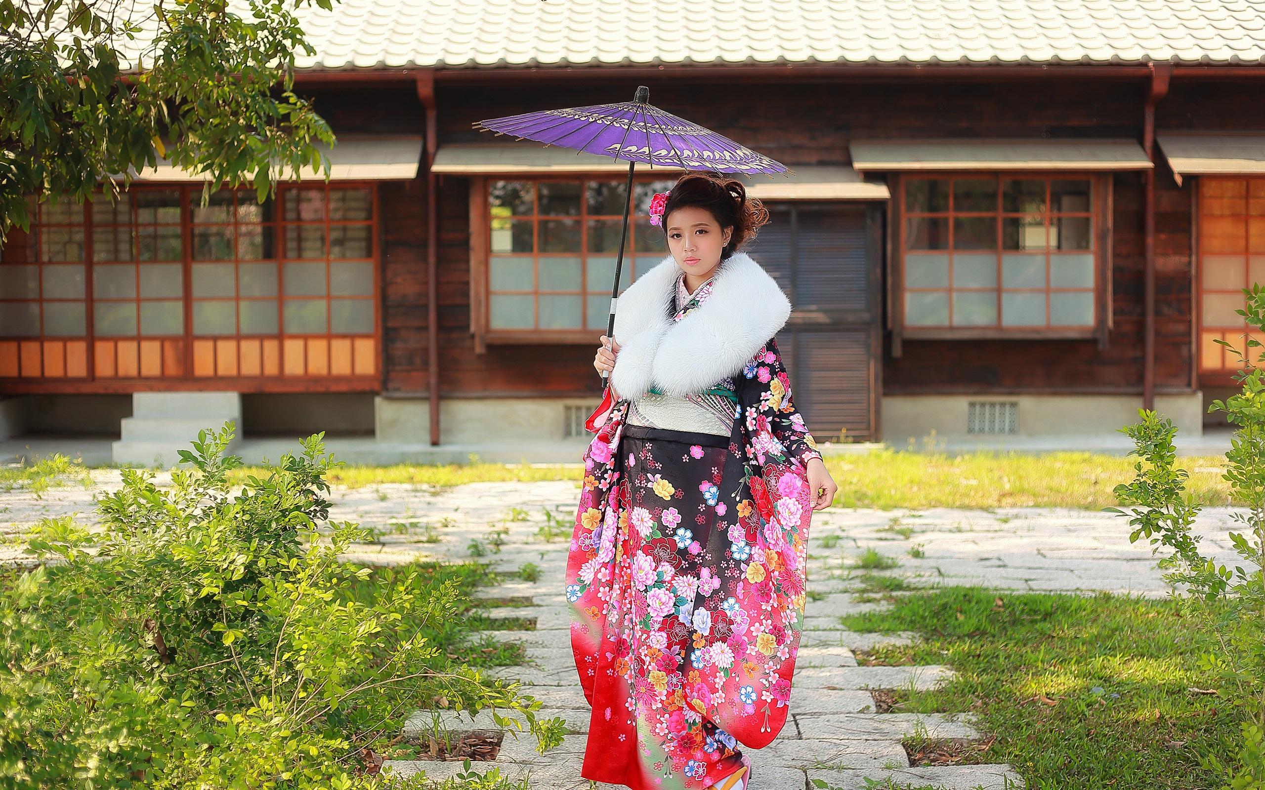 壁紙 日本の女の子 着物 傘 2560x1600 Hd 無料のデスクトップの背景