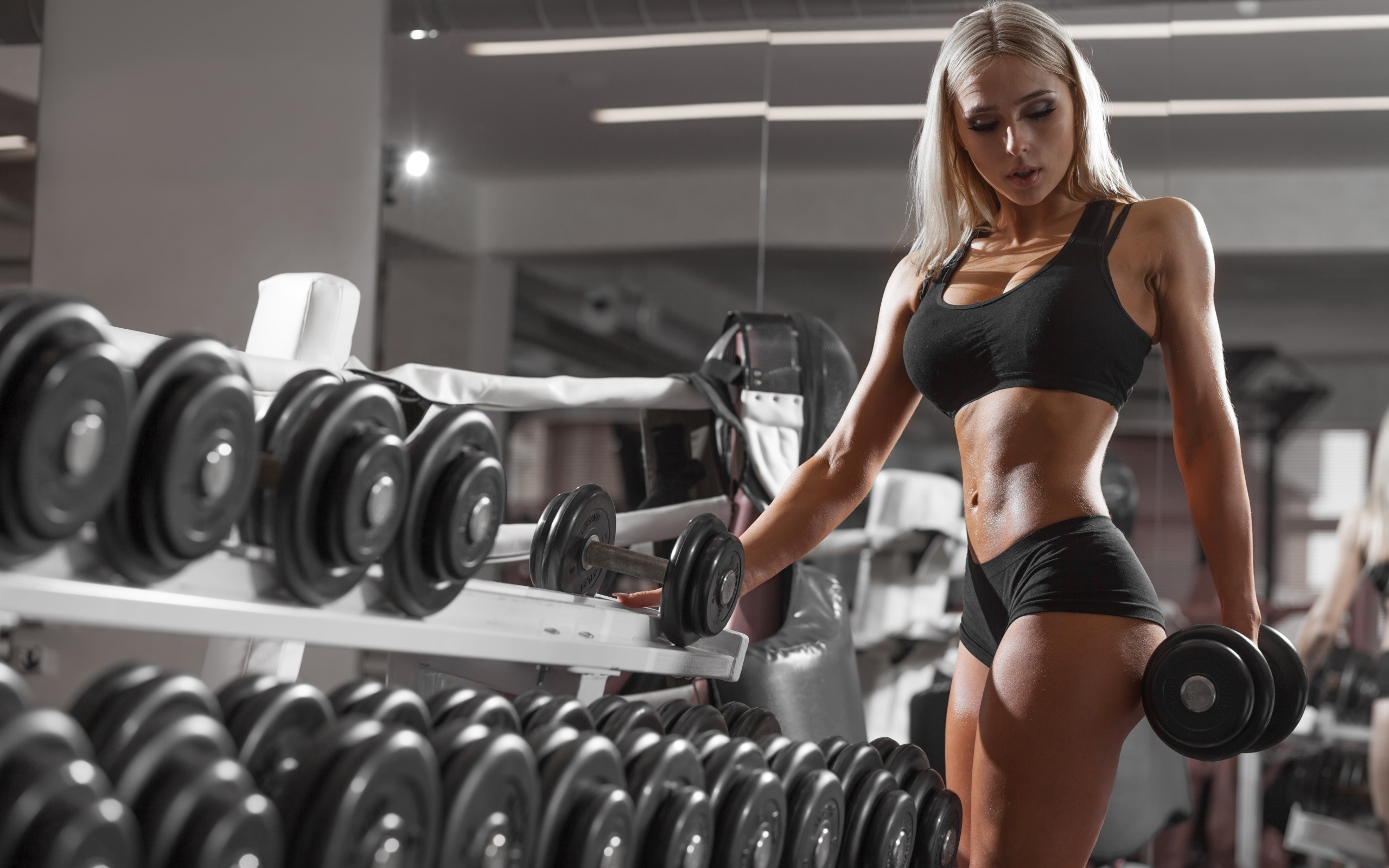 Wallpaper Blonde girl, fitness, dumbbells, gym 2560x1600 HD