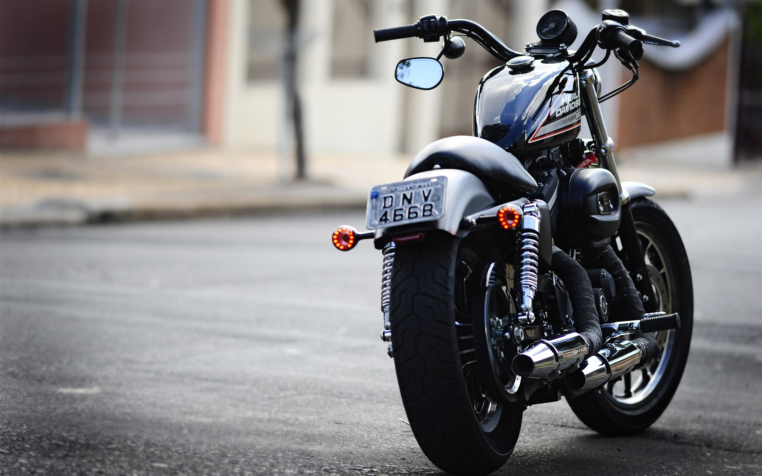 ハーレーダビッドソンバイクの背面図 1242x26 Iphone 11 Pro Xs Max 壁紙 背景 画像