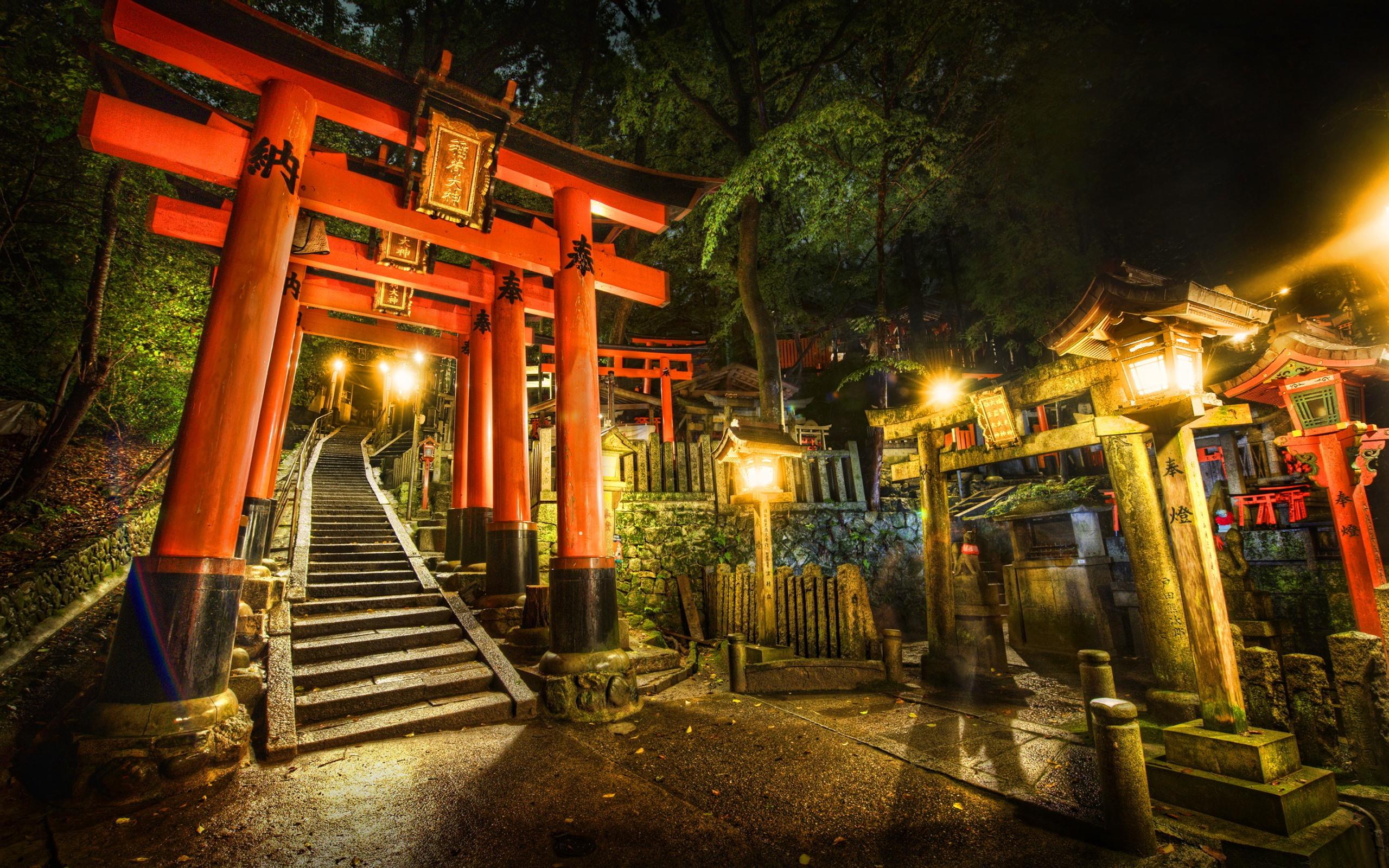 壁紙 鳥居 神社 日本 ライト 夜 2560x1600 Hd 無料のデスクトップの背景 画像