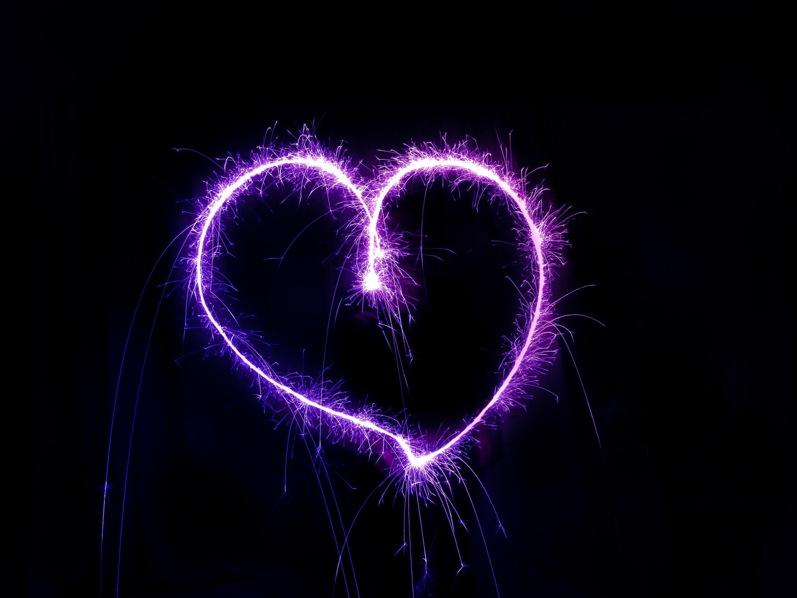 Purple Love Wallpaper: Download Wallpaper 2560x1920 Purple Love Heart, Fireworks