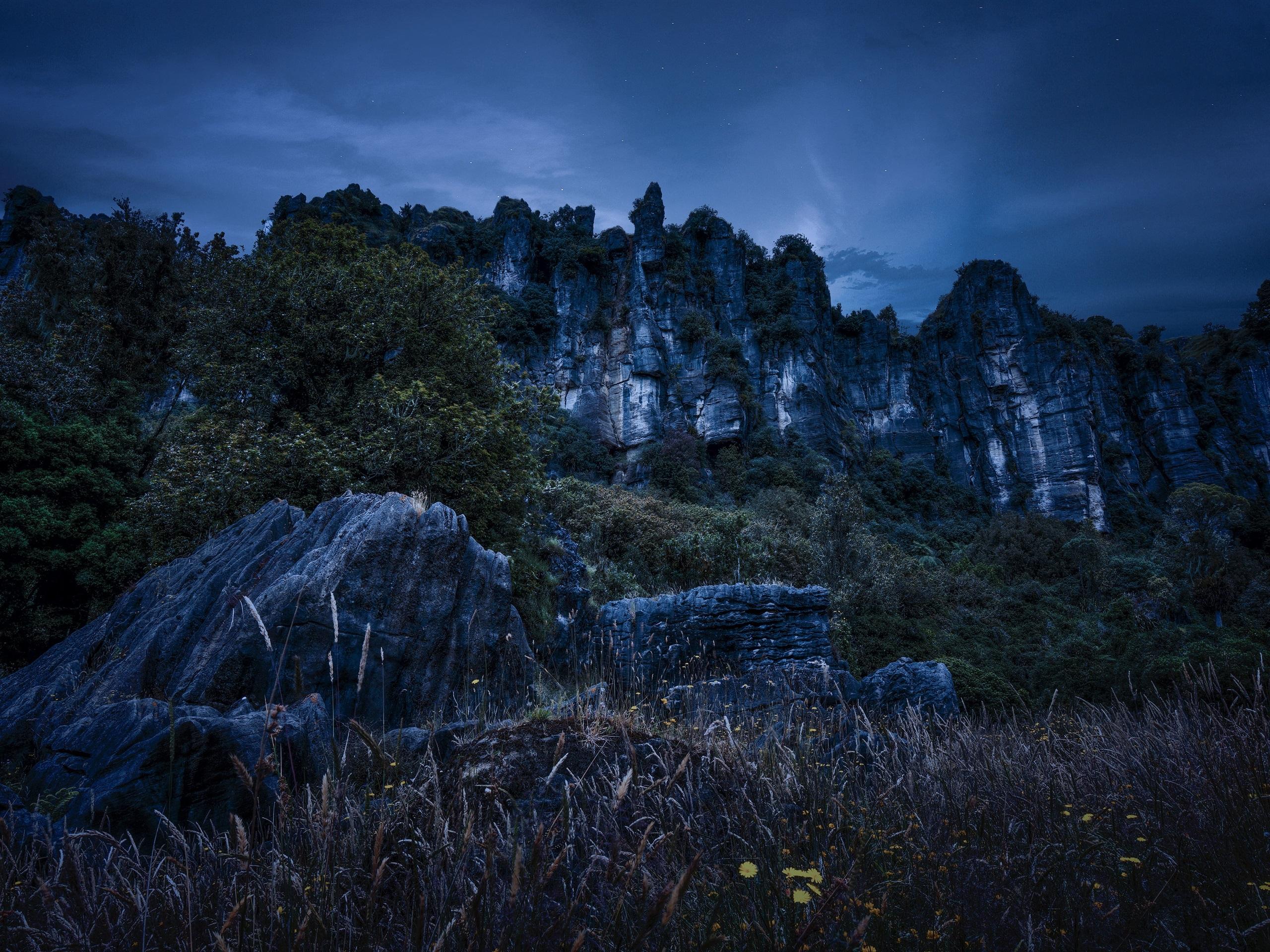мрачные ночные горы картинки вернулась