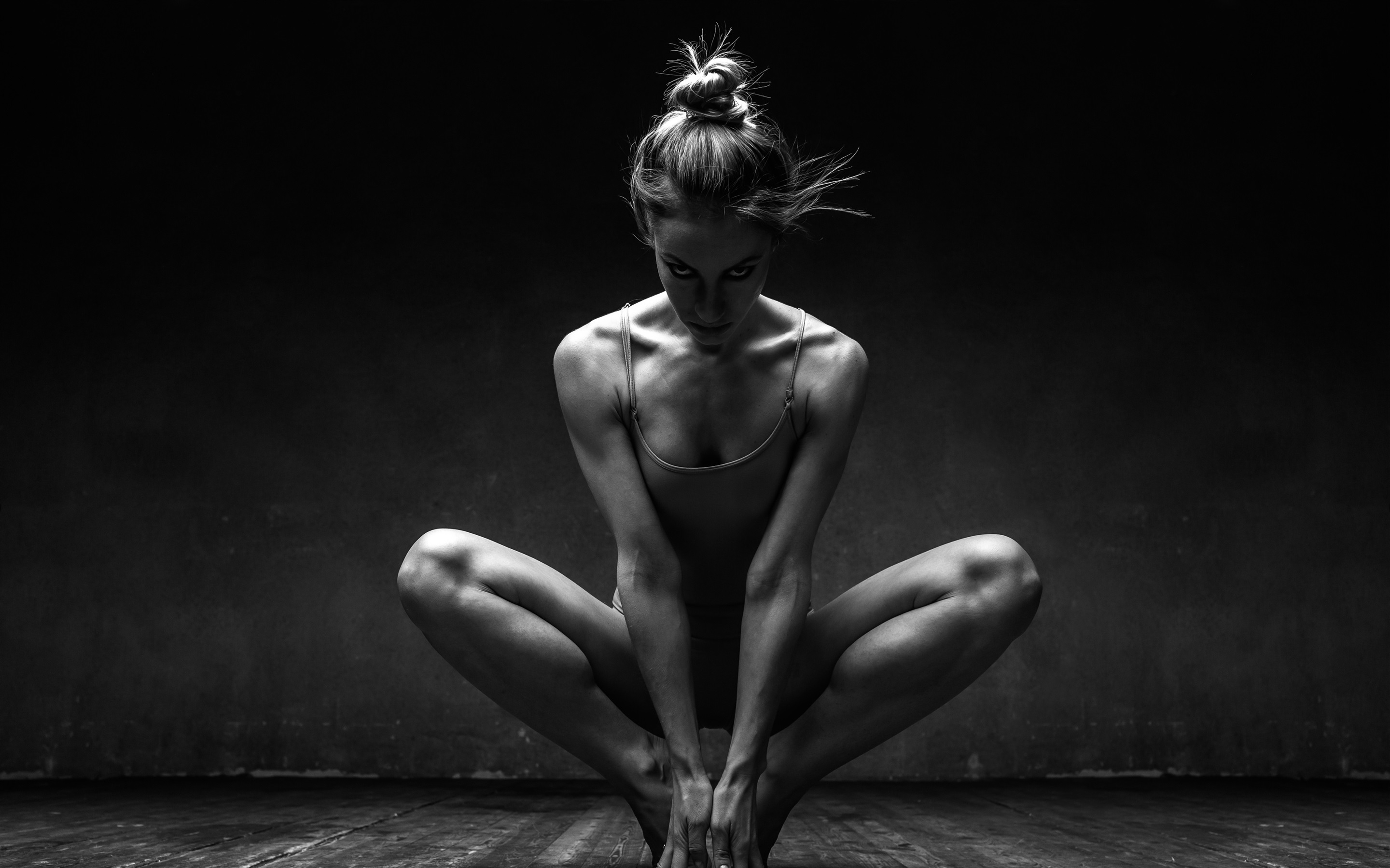 Wallpaper Ballerina Girl Pose Black And White Picture 3840x2160