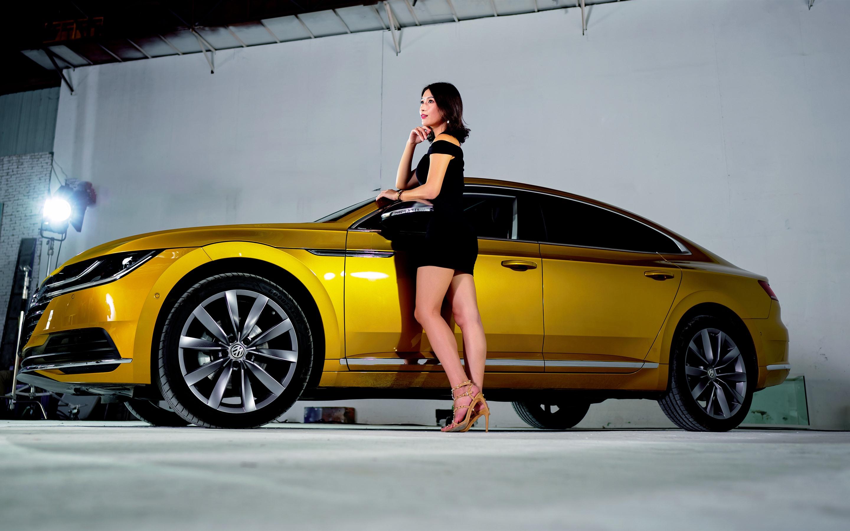 Wallpaper Volkswagen Yellow Car Side View Black Skirt Girl