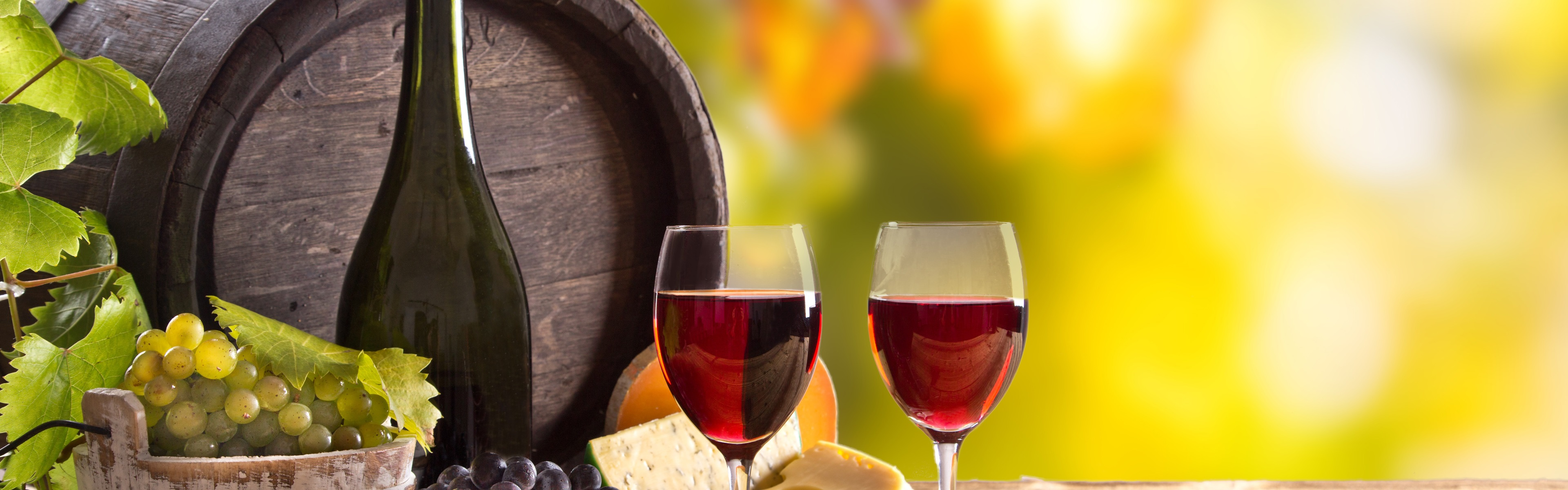 Бочонок, сыр, вино, виноград бесплатно