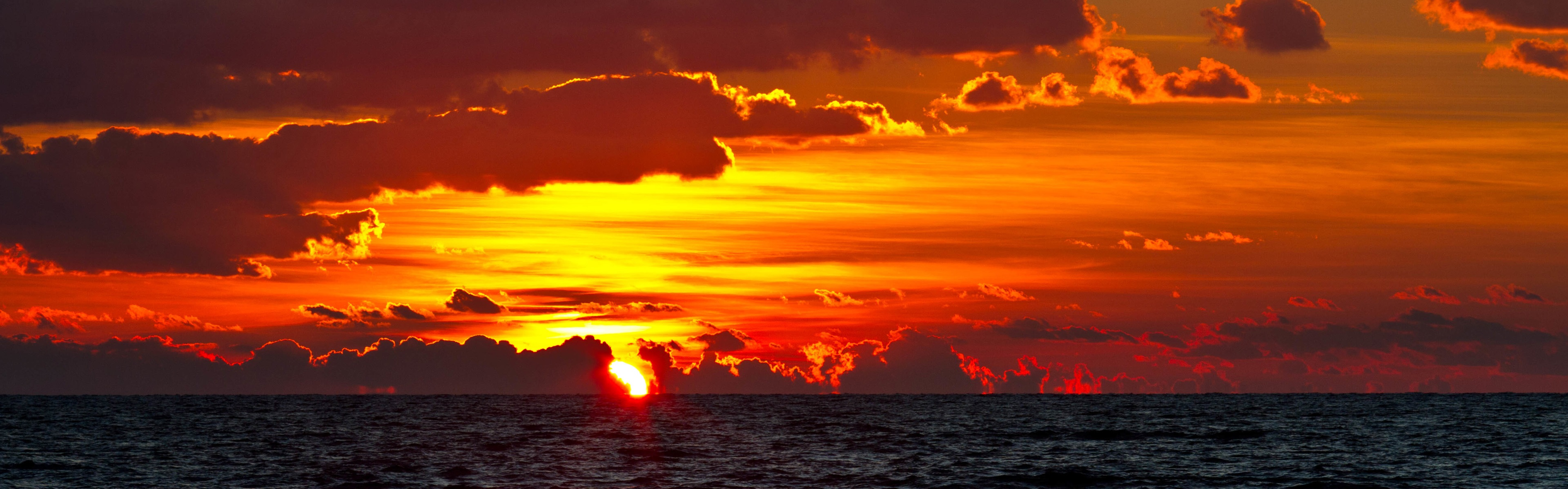 Wallpaper Sea, sunset, clouds, red sky 3840x2160 UHD 4K Picture, Image