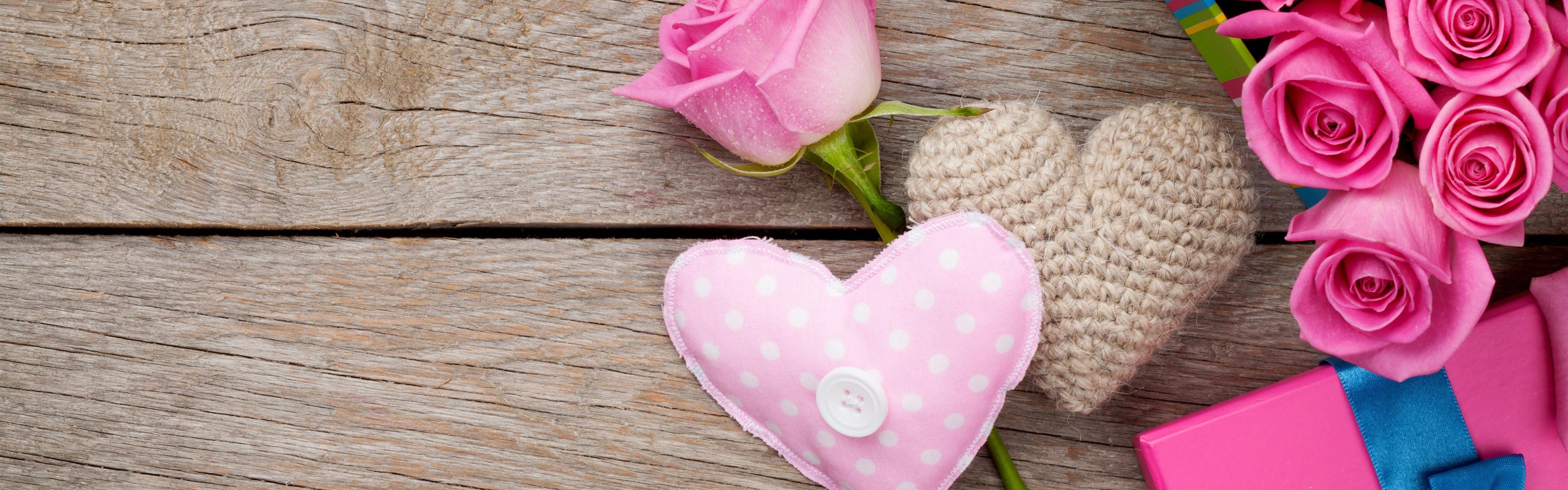 Wallpaper Pink Roses Love Heart Gifts 5120x2880 Uhd 5k