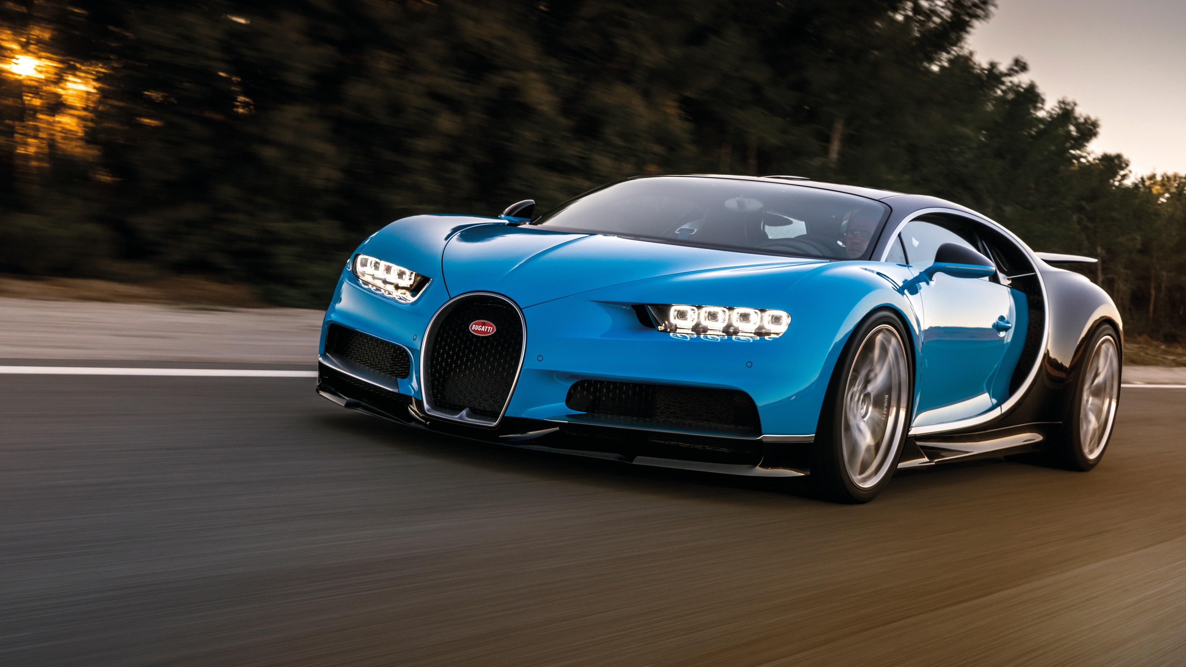 蓝凯龙布加迪超级跑车的速度