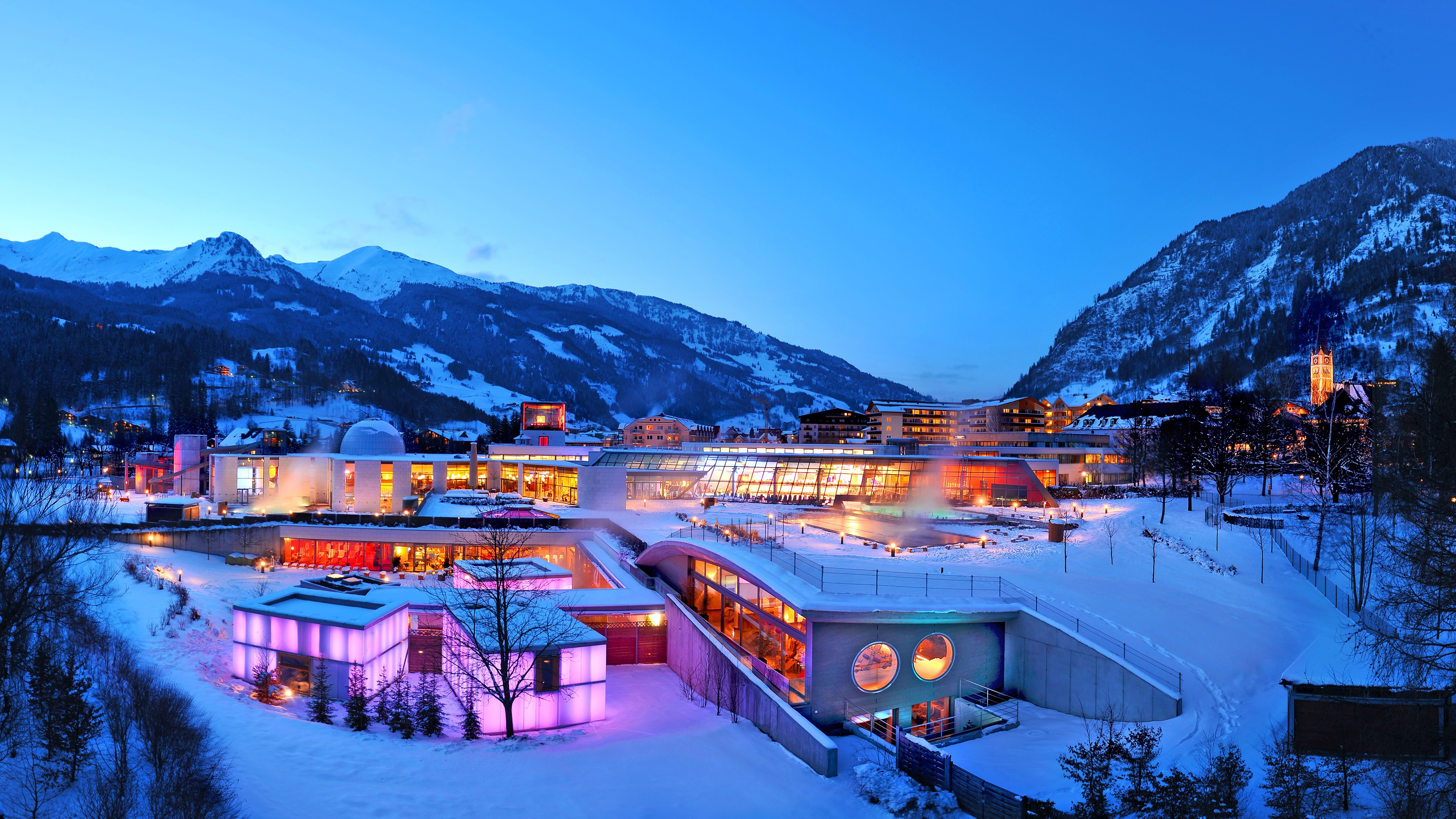 壁纸 林德纳阿尔卑斯温泉在冬季,黄昏,雪,山,灯,瑞士 3840x2160 UHD 4K 高清壁纸, 图片, 照片