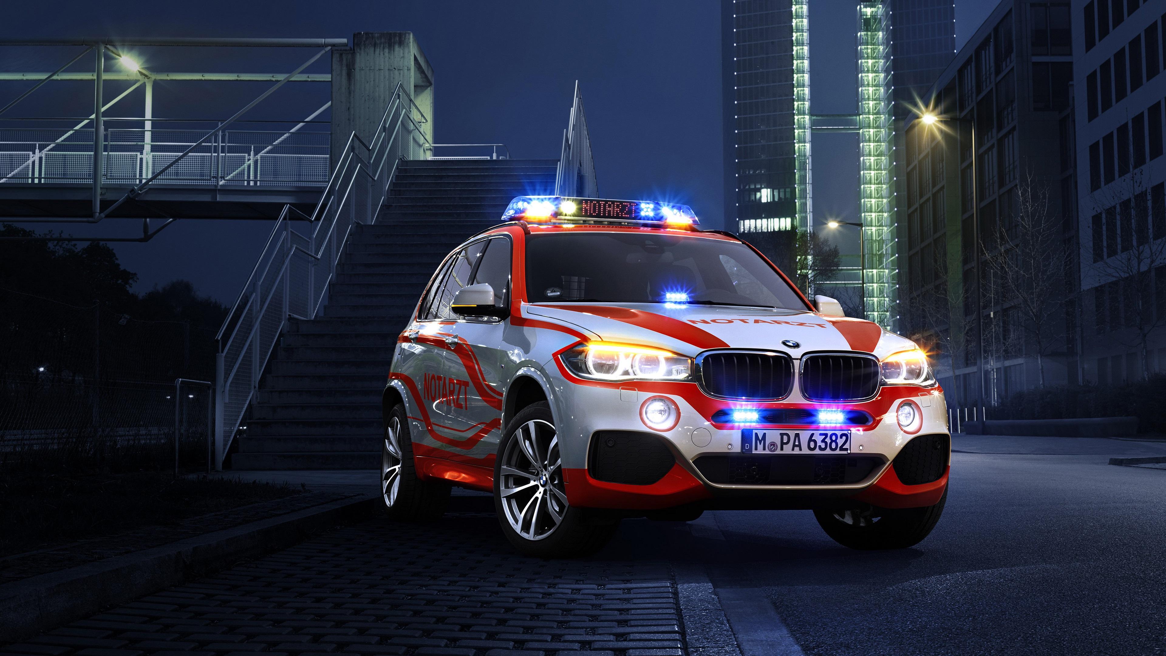 wallpaper bmw x5 xdrive30d police car at night 3840x2160 uhd 4k