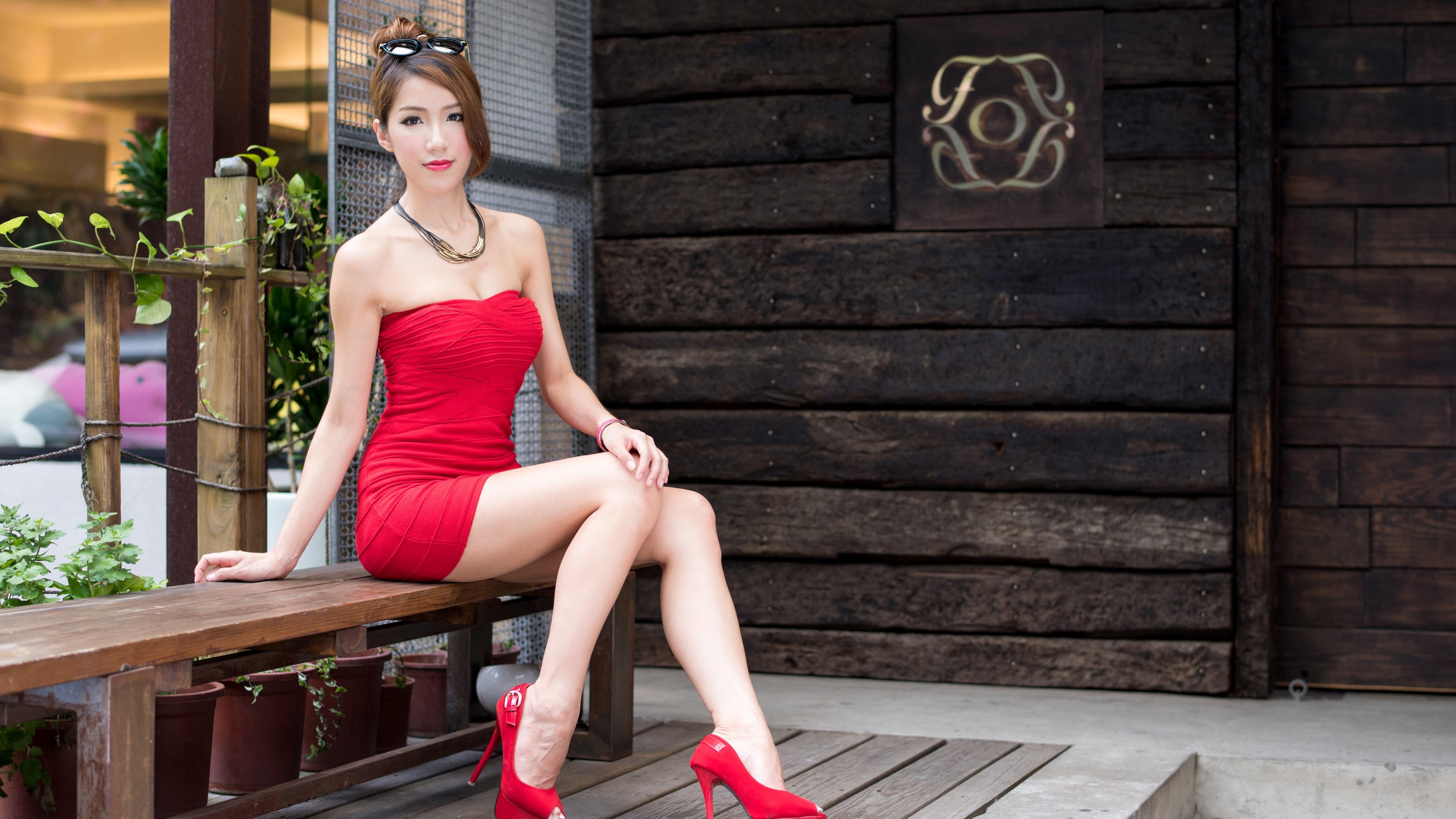 fonds d 39 cran sexy robe rouge fille asiatique longues jambes style de cheveux 3840x2160 uhd 4k. Black Bedroom Furniture Sets. Home Design Ideas