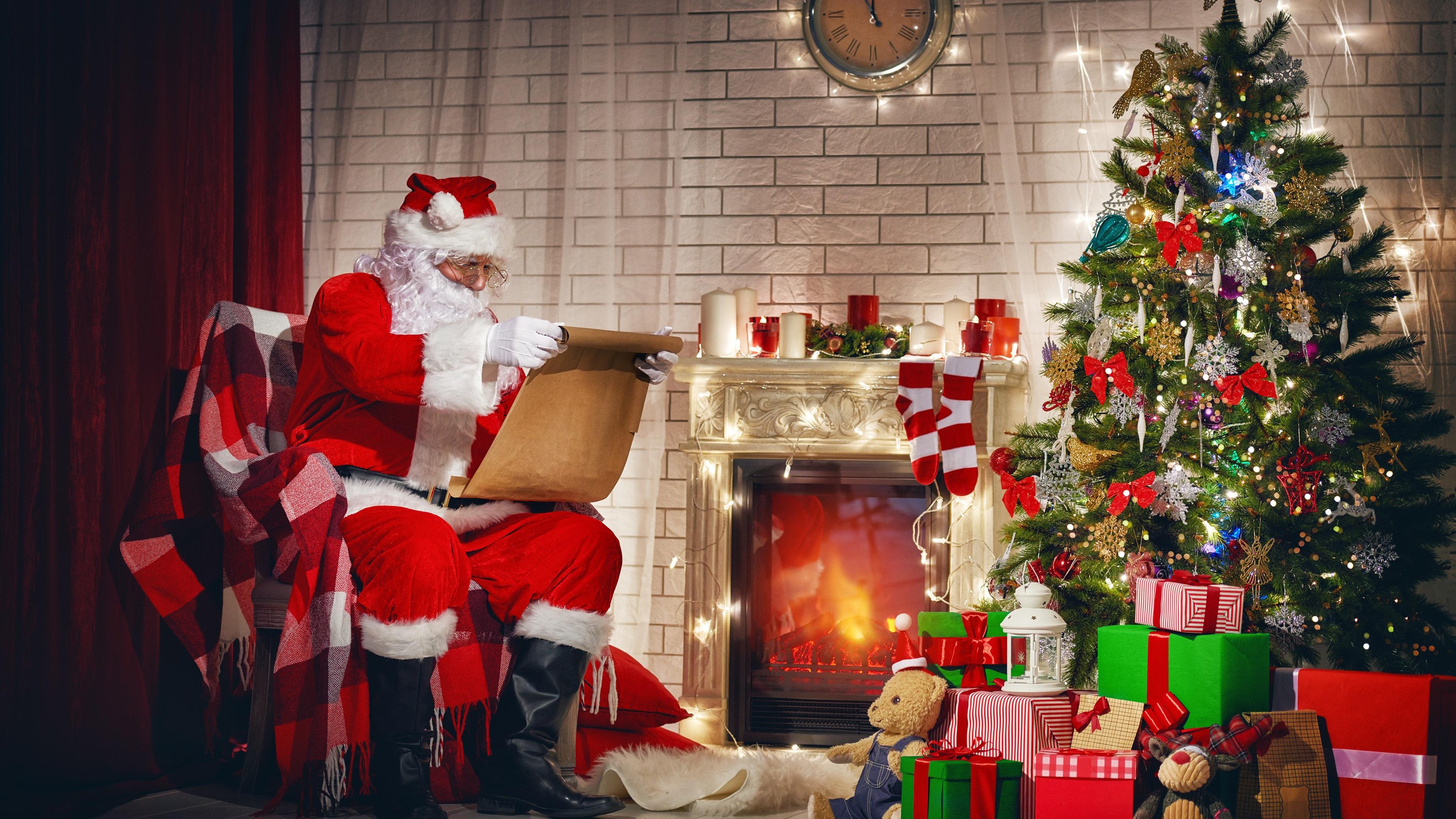 fonds d 39 cran joyeux no l le p re no l cadeaux arbre de no l d coration chemin e 3840x2160. Black Bedroom Furniture Sets. Home Design Ideas