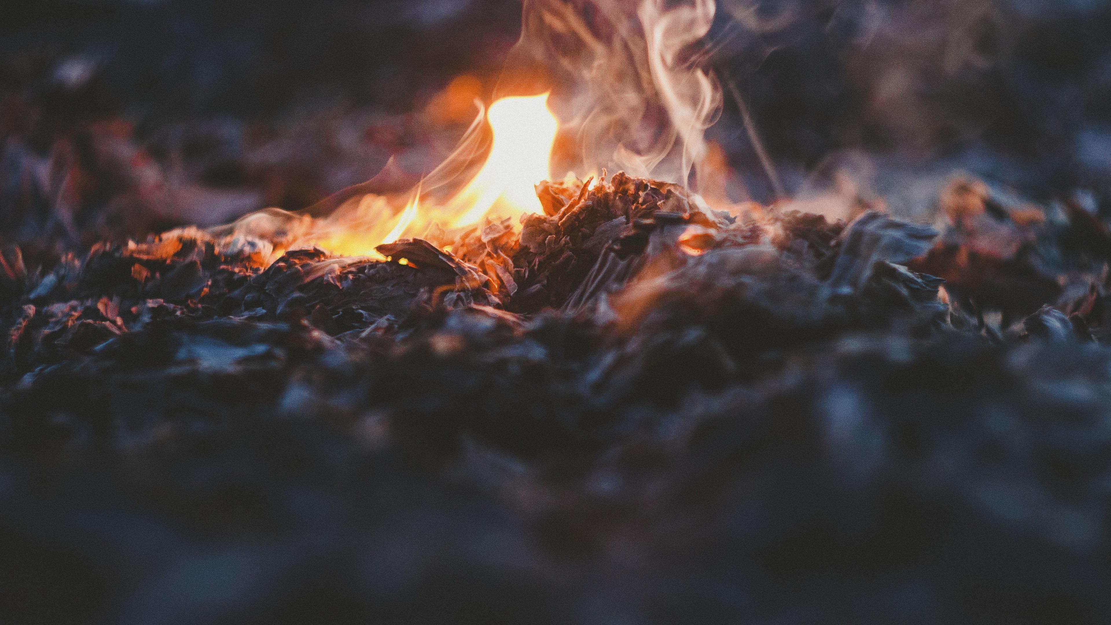 Wallpaper Fire Bonfire 3840x2160 Uhd 4k Picture Image
