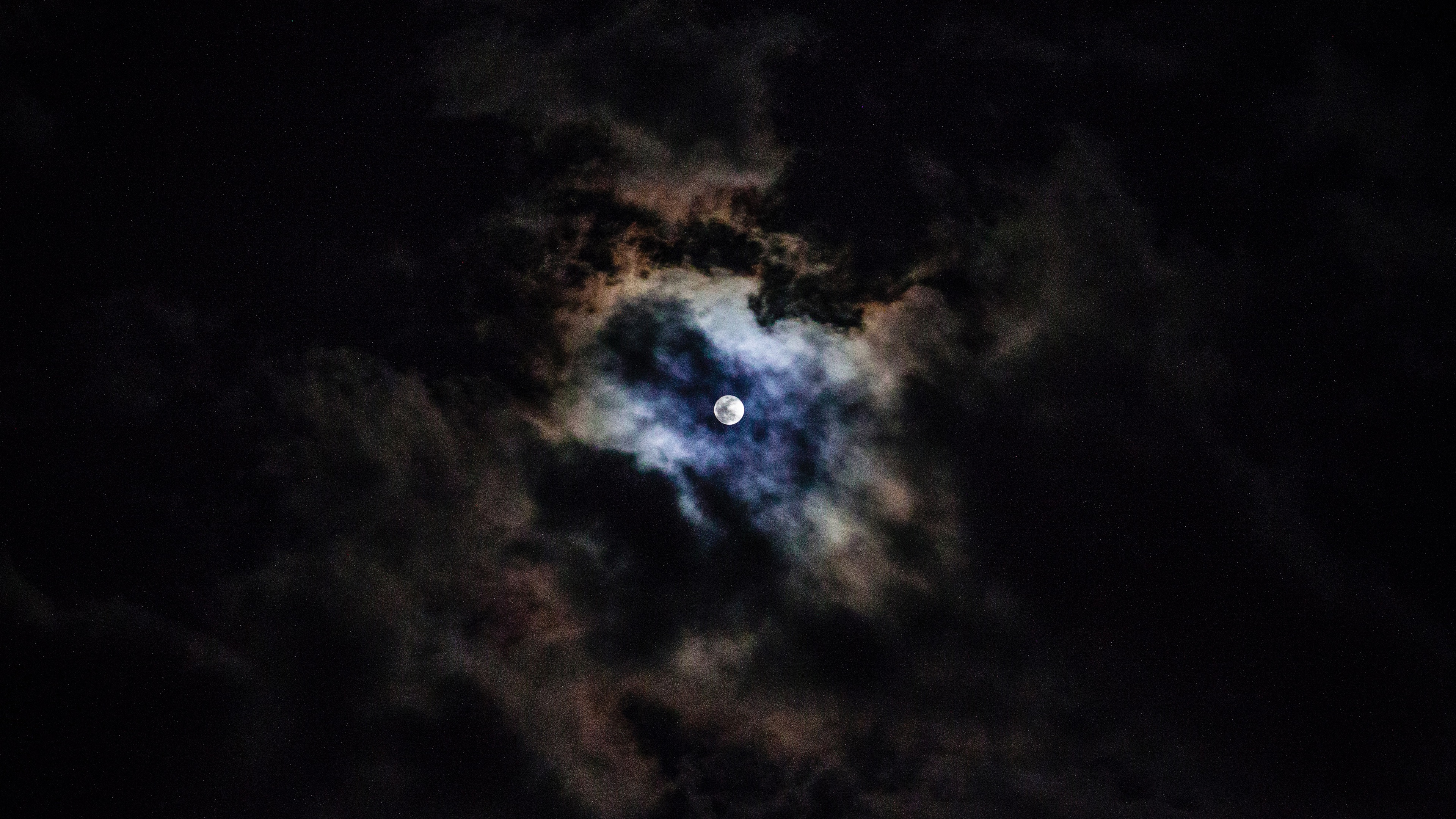 Wallpaper Moon Clouds Sky Night 3840x2160 Uhd 4k Picture Image