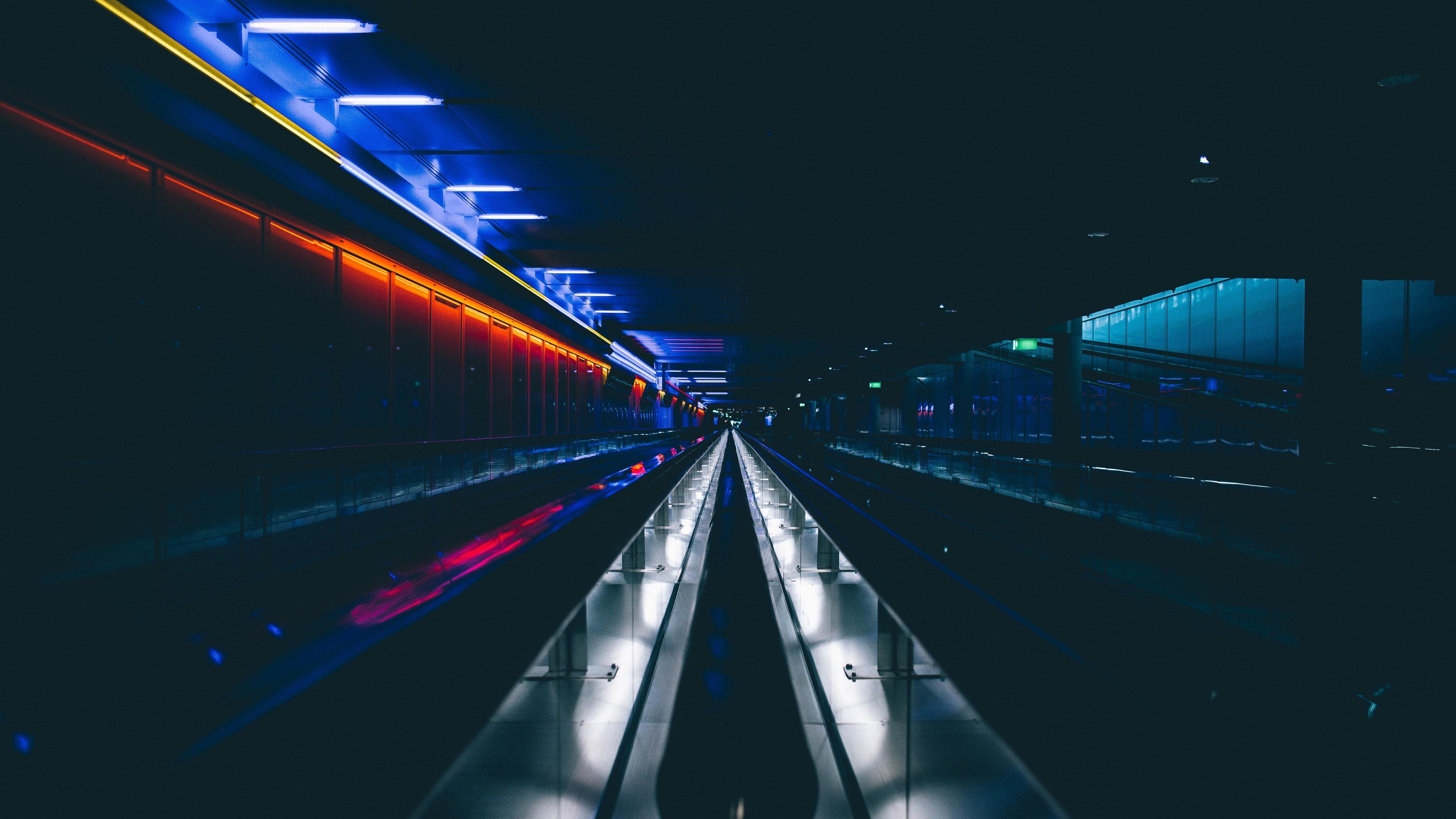 Fonds d'écran Tunnel souterrain, sombre, lumières 3840x2160 UHD 4K image