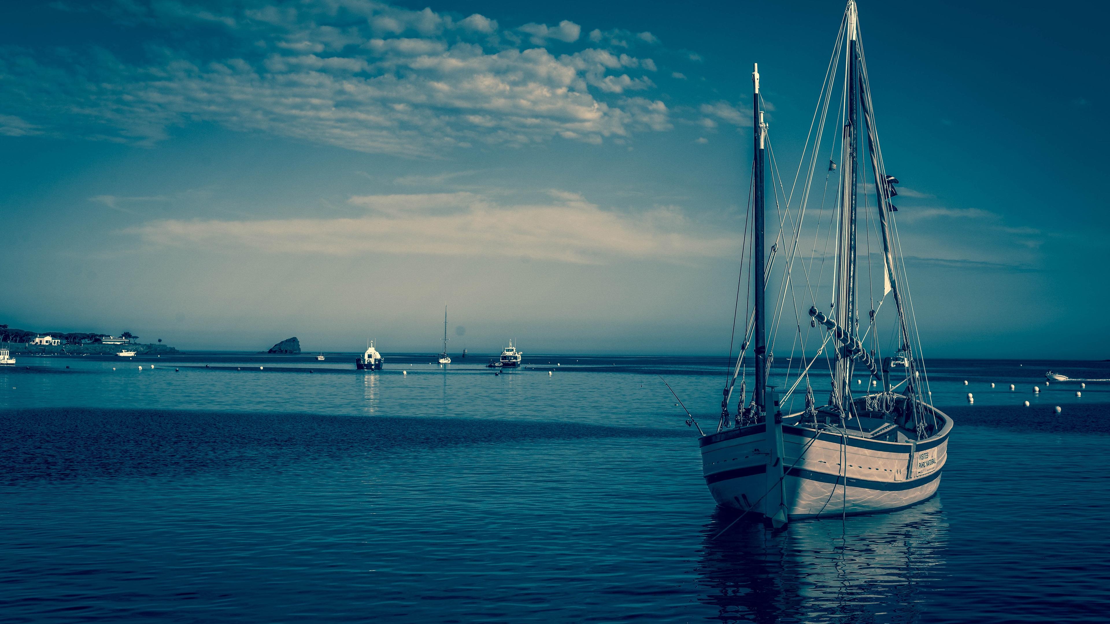 Fonds d 39 cran bateaux mer bleue cr puscule 3840x2160 uhd for Fond ecran photo 4k