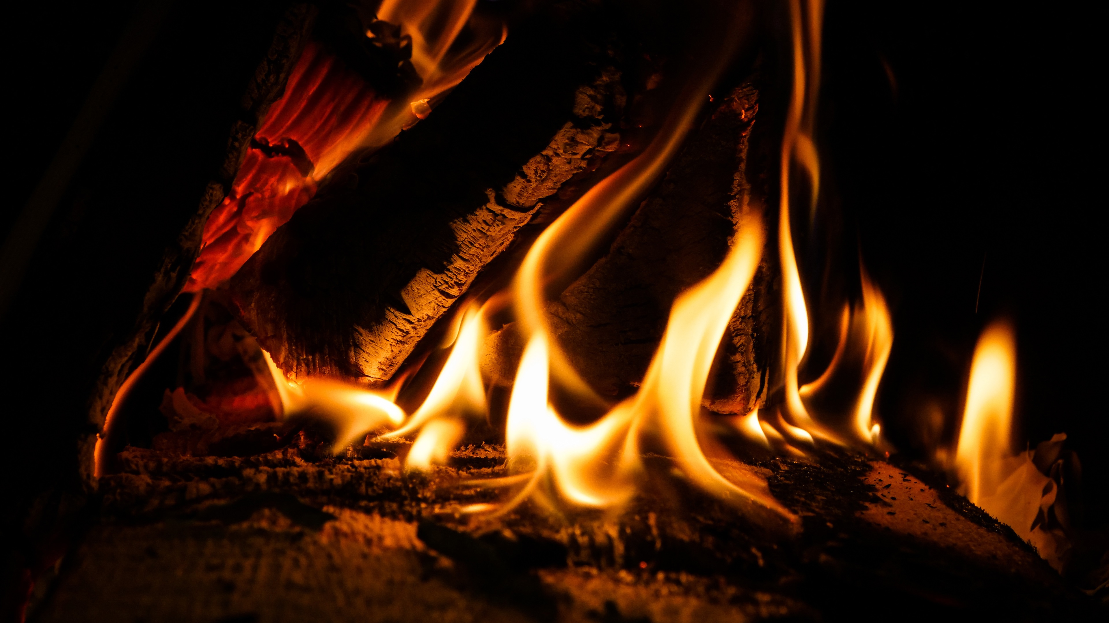Wallpaper Flame Fire Darkness 3840x2160 Uhd 4k Picture Image