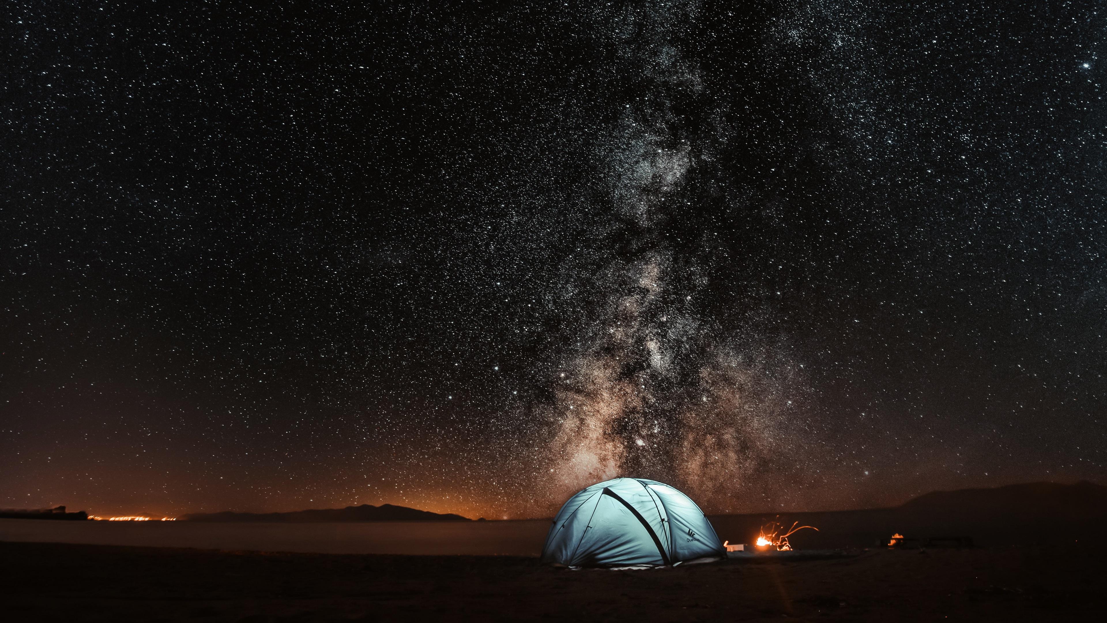 壁紙 夜、テント、星空 3840x2160 UHD 4K 無料のデスクトップの