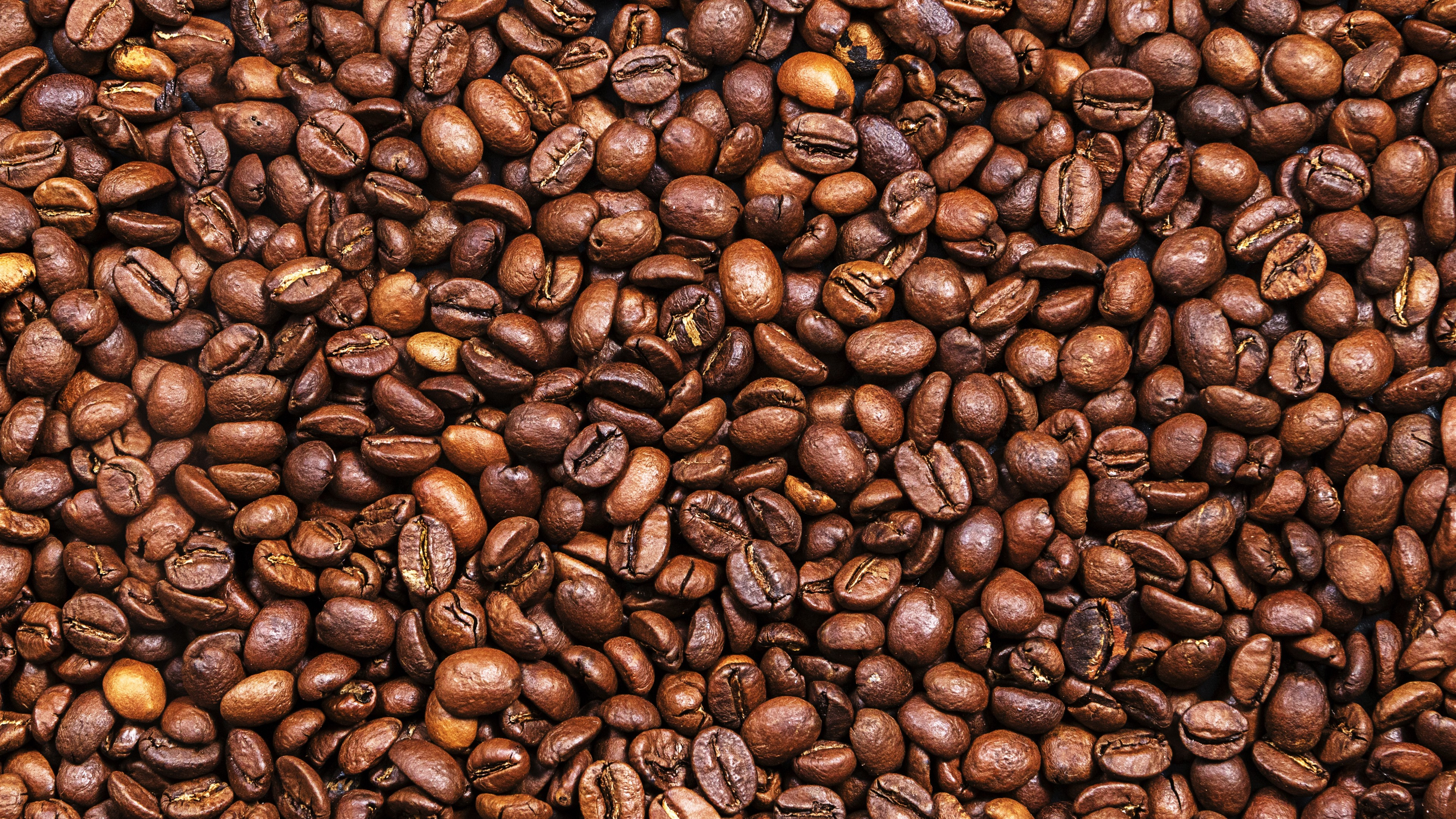 Wallpaper Many coffee beans, texture background 5120x2880 ...